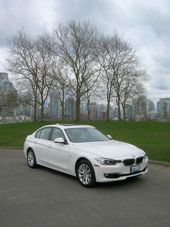 2013 bmw 328i xdrive luxury road test review carcostcanada. Black Bedroom Furniture Sets. Home Design Ideas