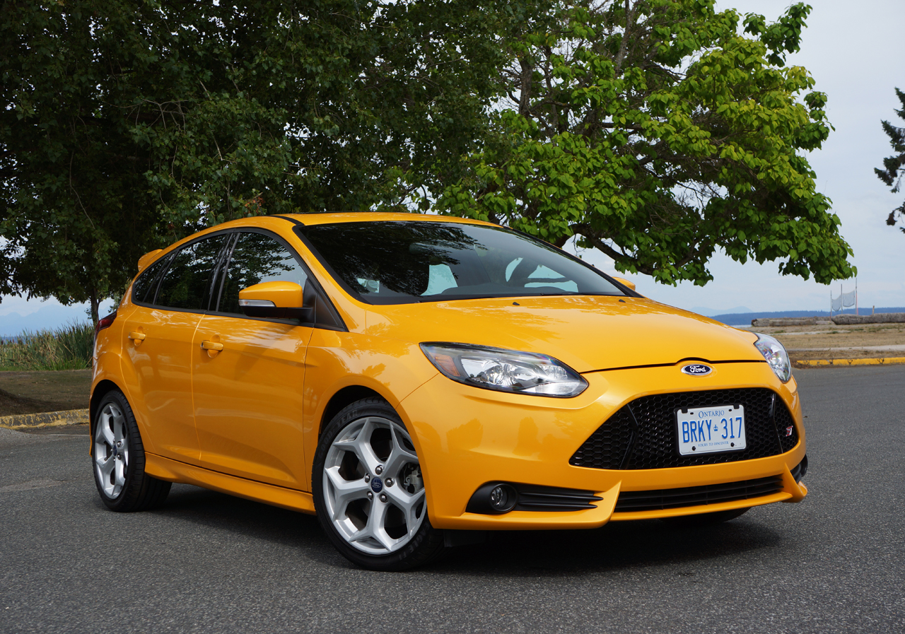 2013 ford focus st road test review carcostcanada. Black Bedroom Furniture Sets. Home Design Ideas