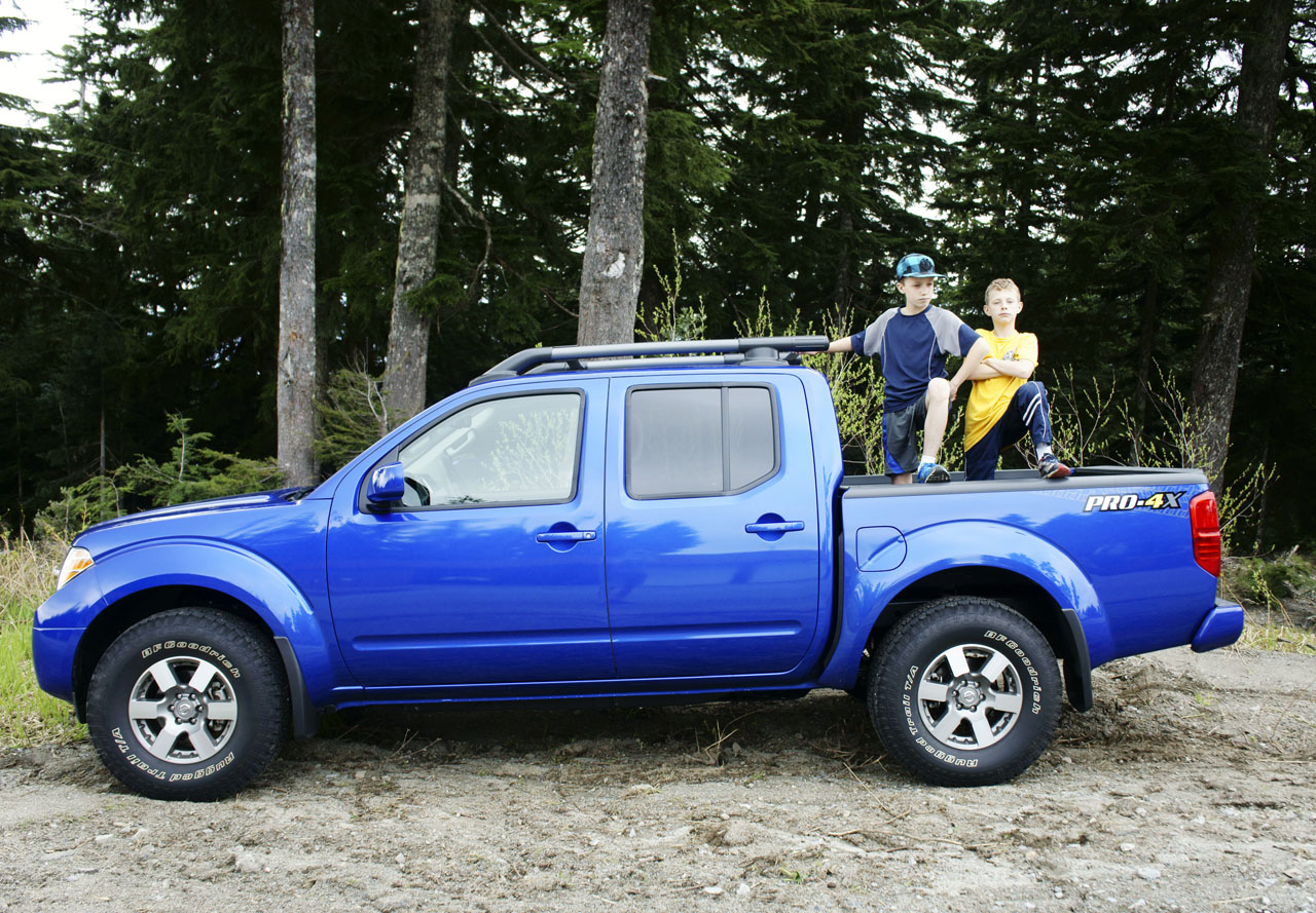 2013 Nissan Frontier Pro 4x Road Test Review Carcostcanada