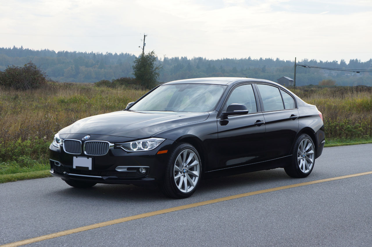 2014 bmw 320i xdrive road test review carcostcanada. Black Bedroom Furniture Sets. Home Design Ideas
