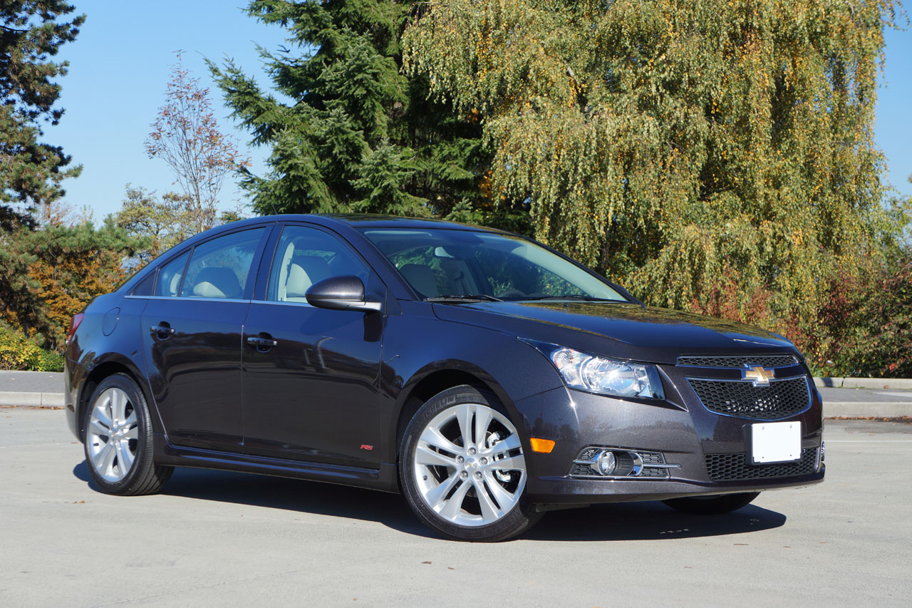 2014 chevrolet cruze 2lt rs road test review carcostcanada. Black Bedroom Furniture Sets. Home Design Ideas