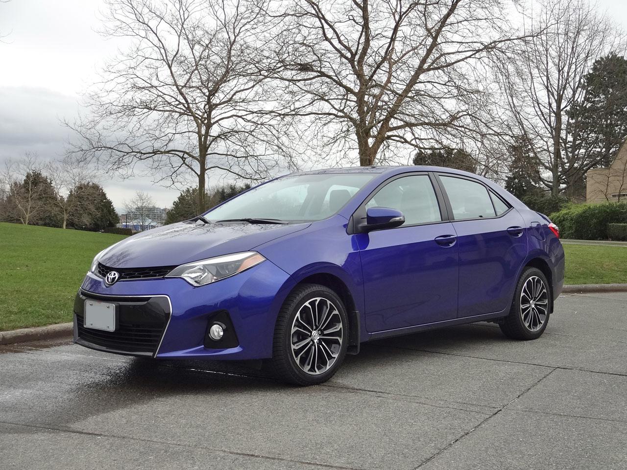 Toyota Yaris Prices In Uae Specs Reviews For Dubai Abu