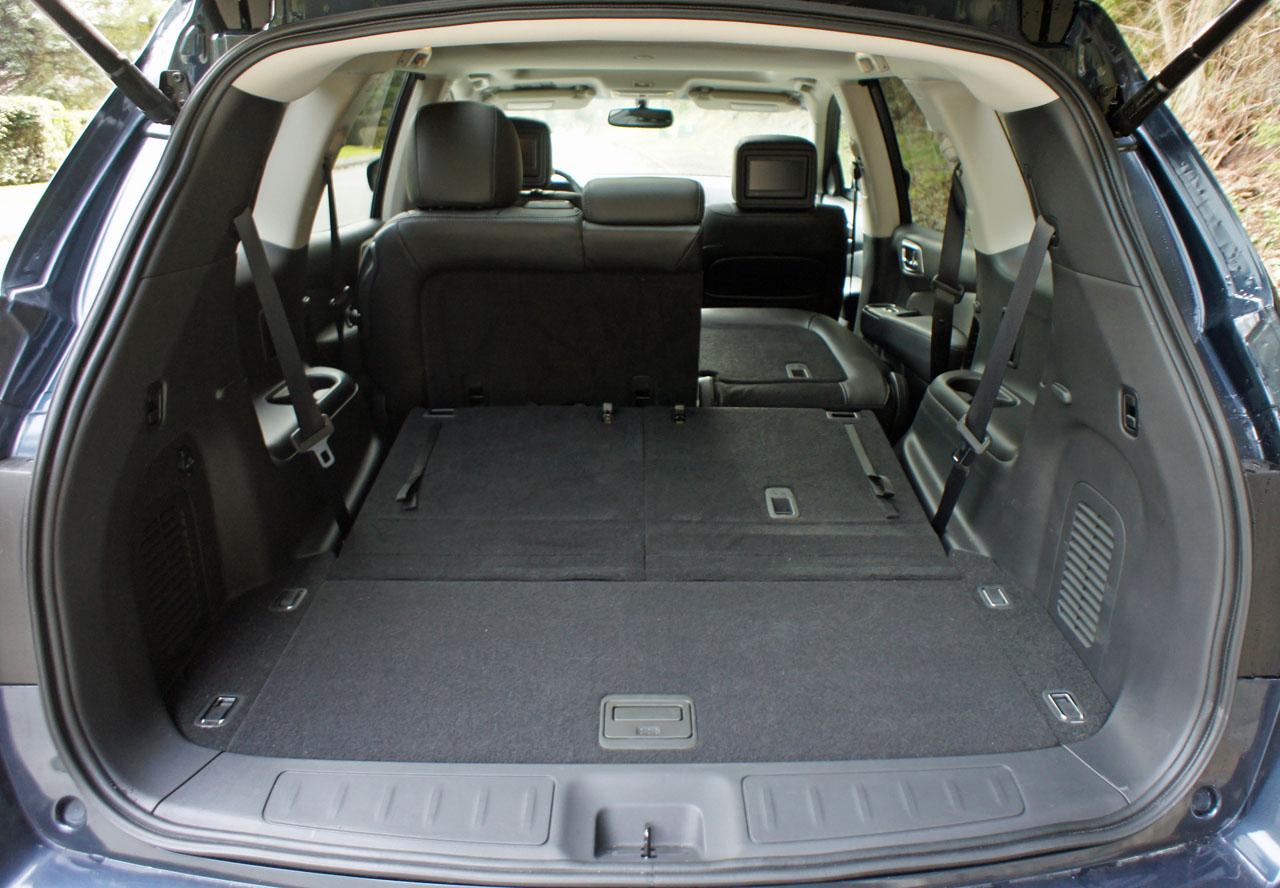 2017 Nissan Pathfinder Hybrid Platinum Premium Road Test Review Carcostcanada