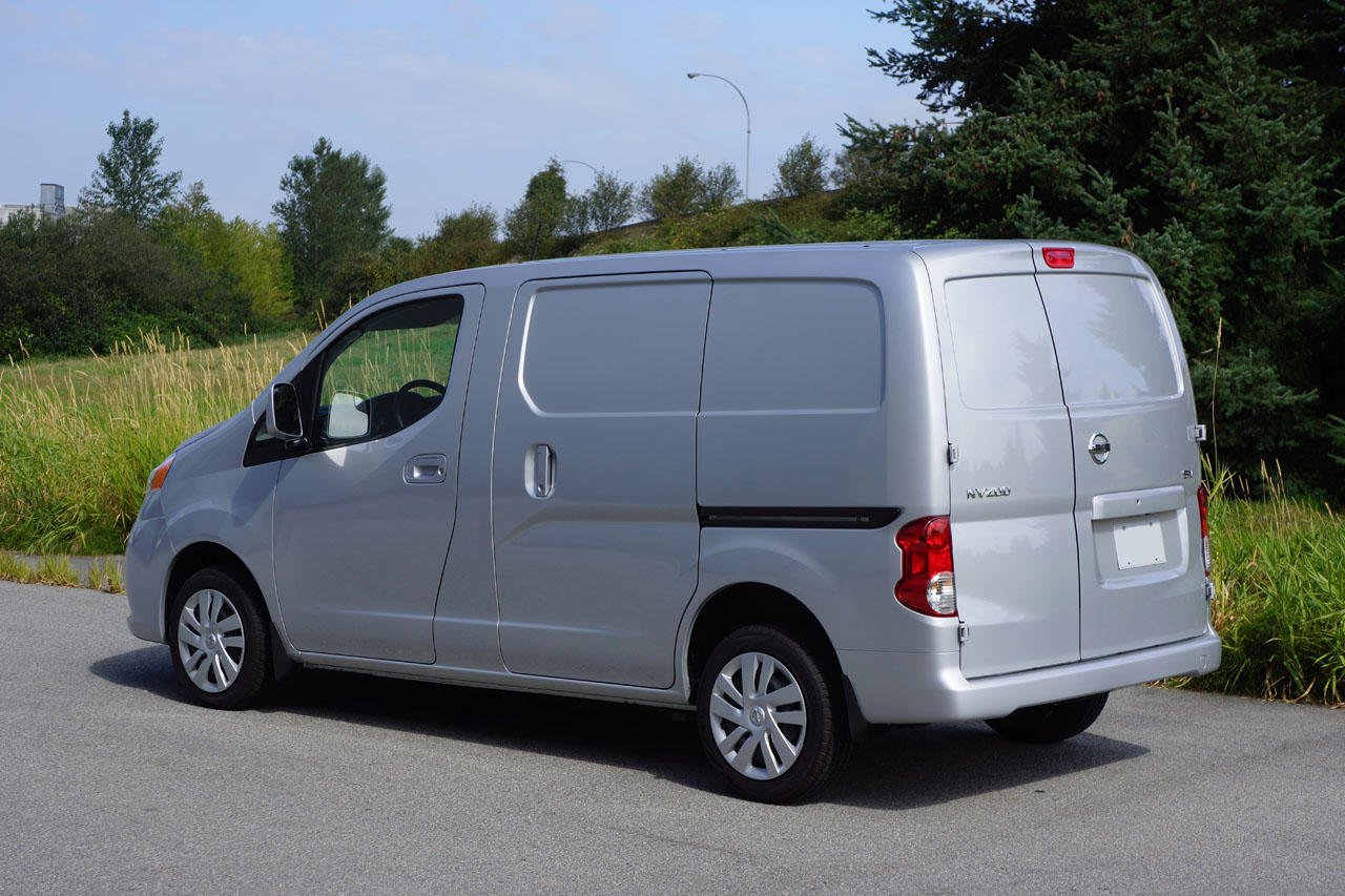 Nissan Nv Review >> nissan nv200 compact cargo van 2014 nissan nv200 compact cargo sv road test review