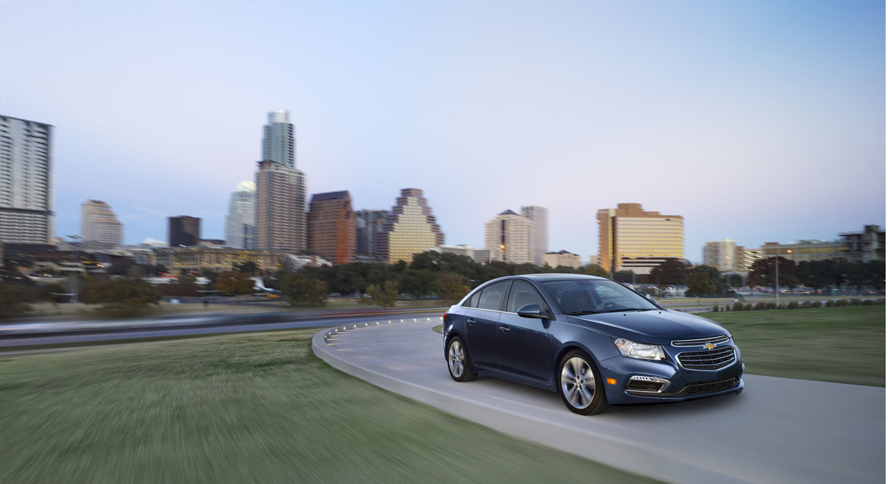 Mildly Updated 2015 Chevy Cruze Revealed In New York