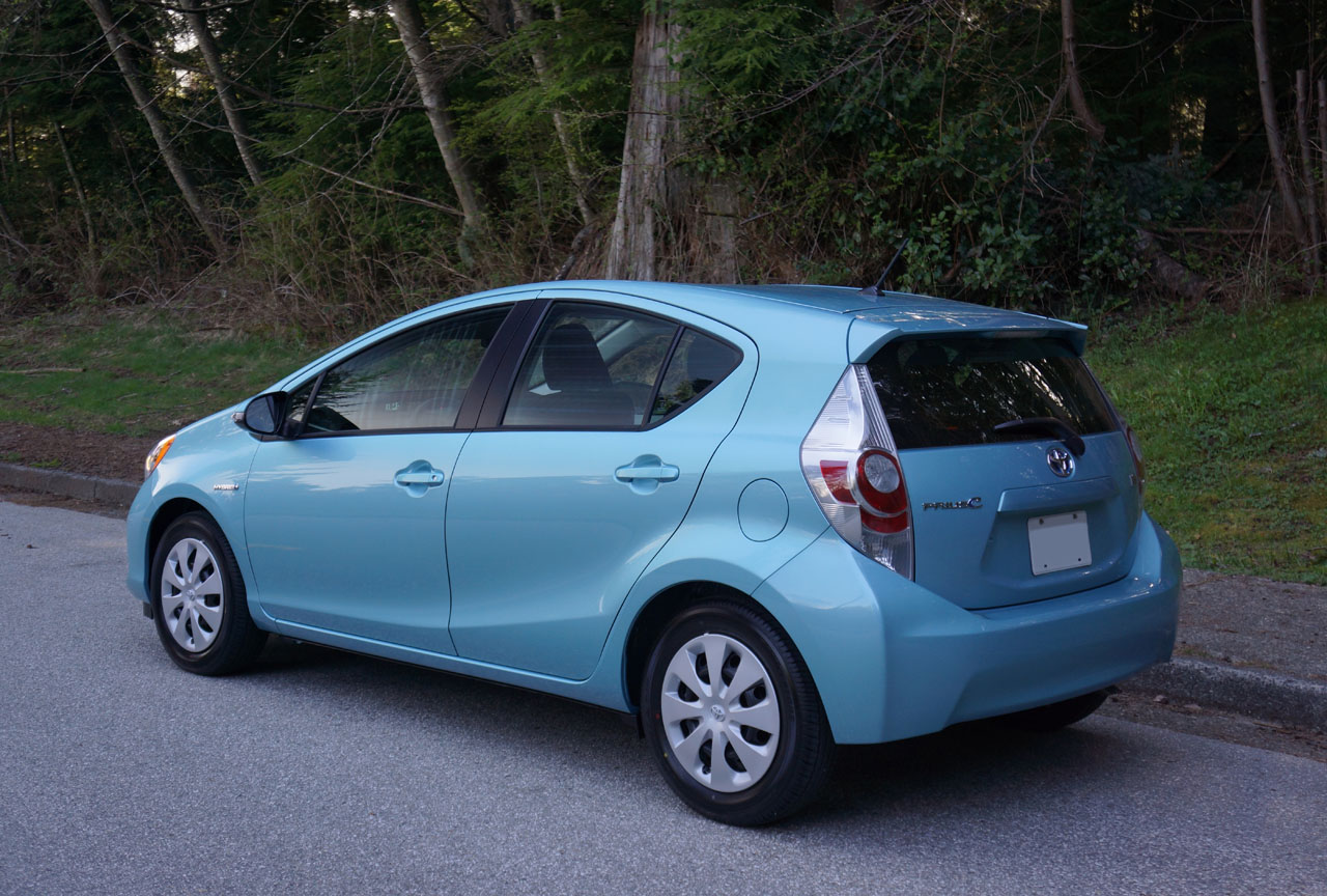 2012 toyota prius c review ratings specs prices and. Black Bedroom Furniture Sets. Home Design Ideas