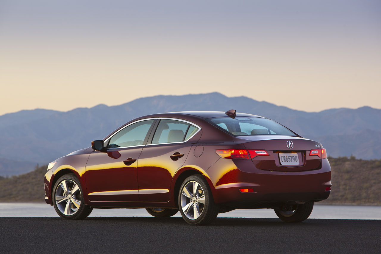 2014 acura ilx dynamic road test review carcostcanada. Black Bedroom Furniture Sets. Home Design Ideas