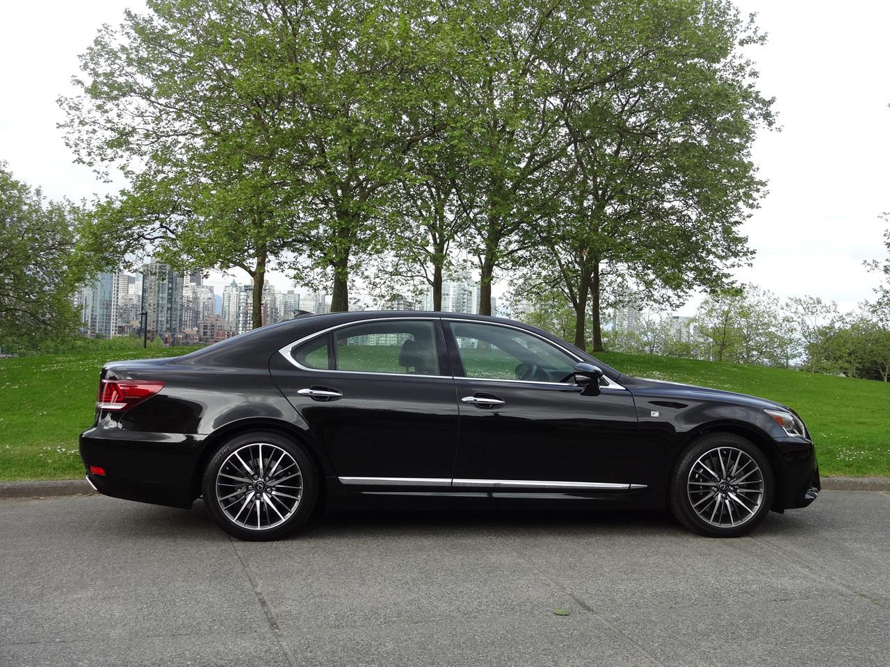 2014 lexus ls 460 f sport test drive luxury car video autos weblog. Black Bedroom Furniture Sets. Home Design Ideas