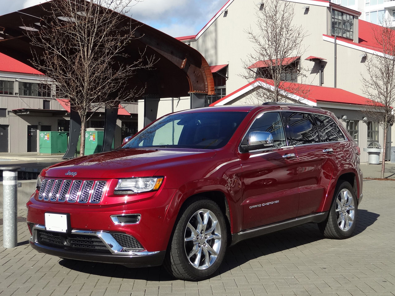 2014 jeep grand cherokee summit ecodiesel road test review carcostcanada. Black Bedroom Furniture Sets. Home Design Ideas