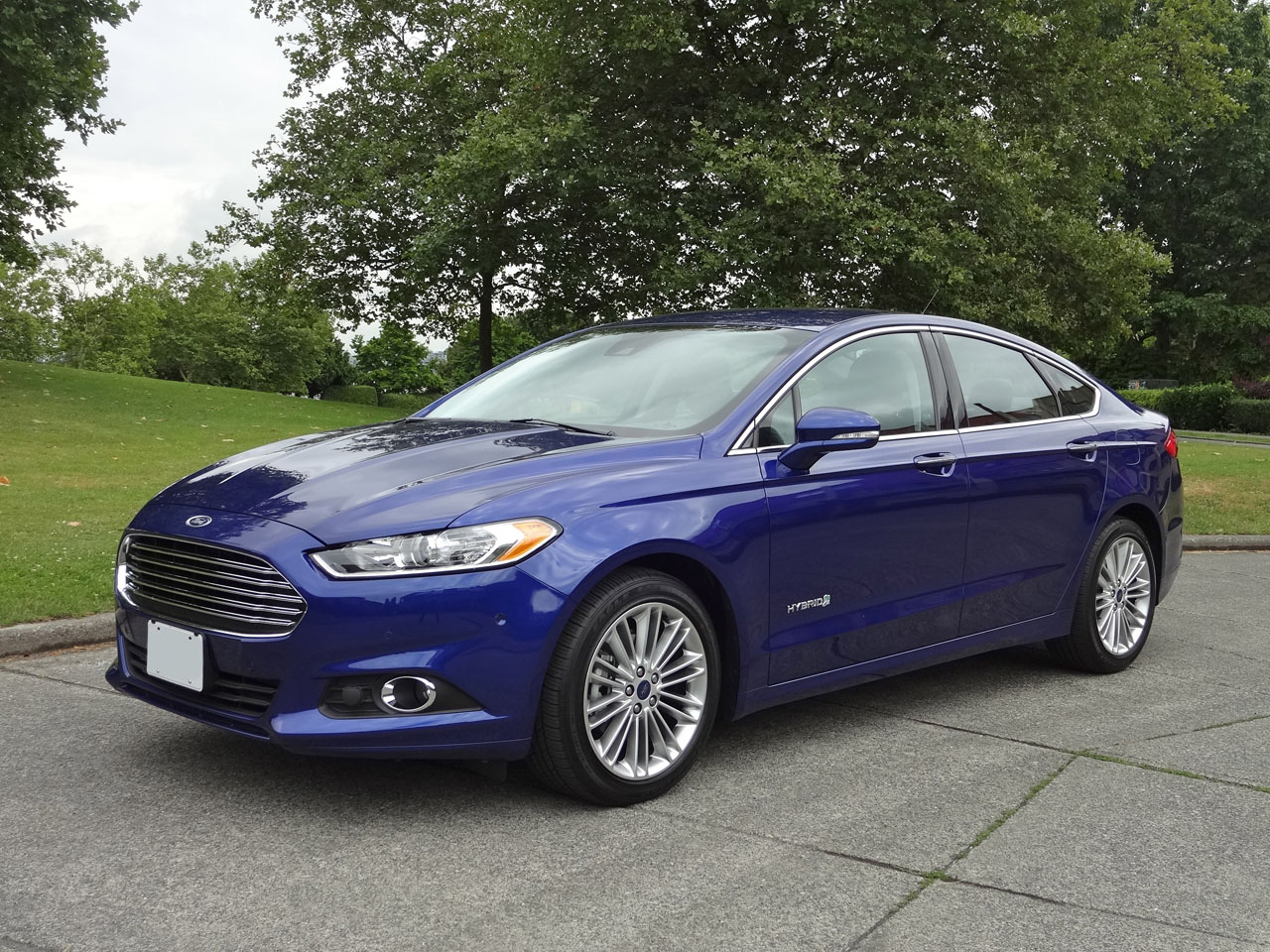 2015 ford fusion hybrid se road test review carcostcanada. Black Bedroom Furniture Sets. Home Design Ideas