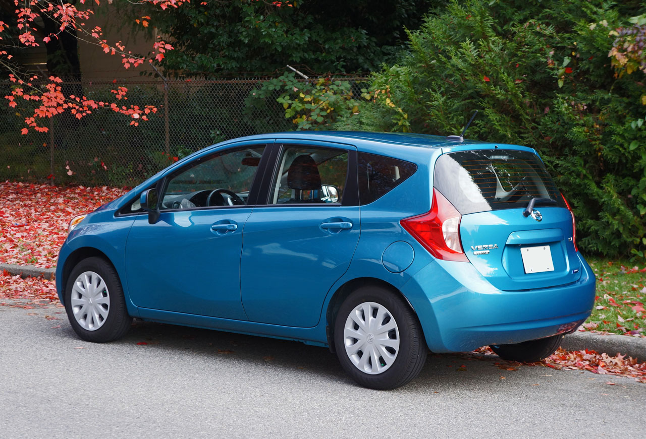 2014 nissan versa note sv road test review carcostcanada. Black Bedroom Furniture Sets. Home Design Ideas