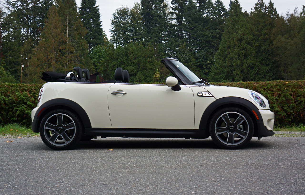 2017 mini cooper hardtop convertible and clubman priced autos post. Black Bedroom Furniture Sets. Home Design Ideas