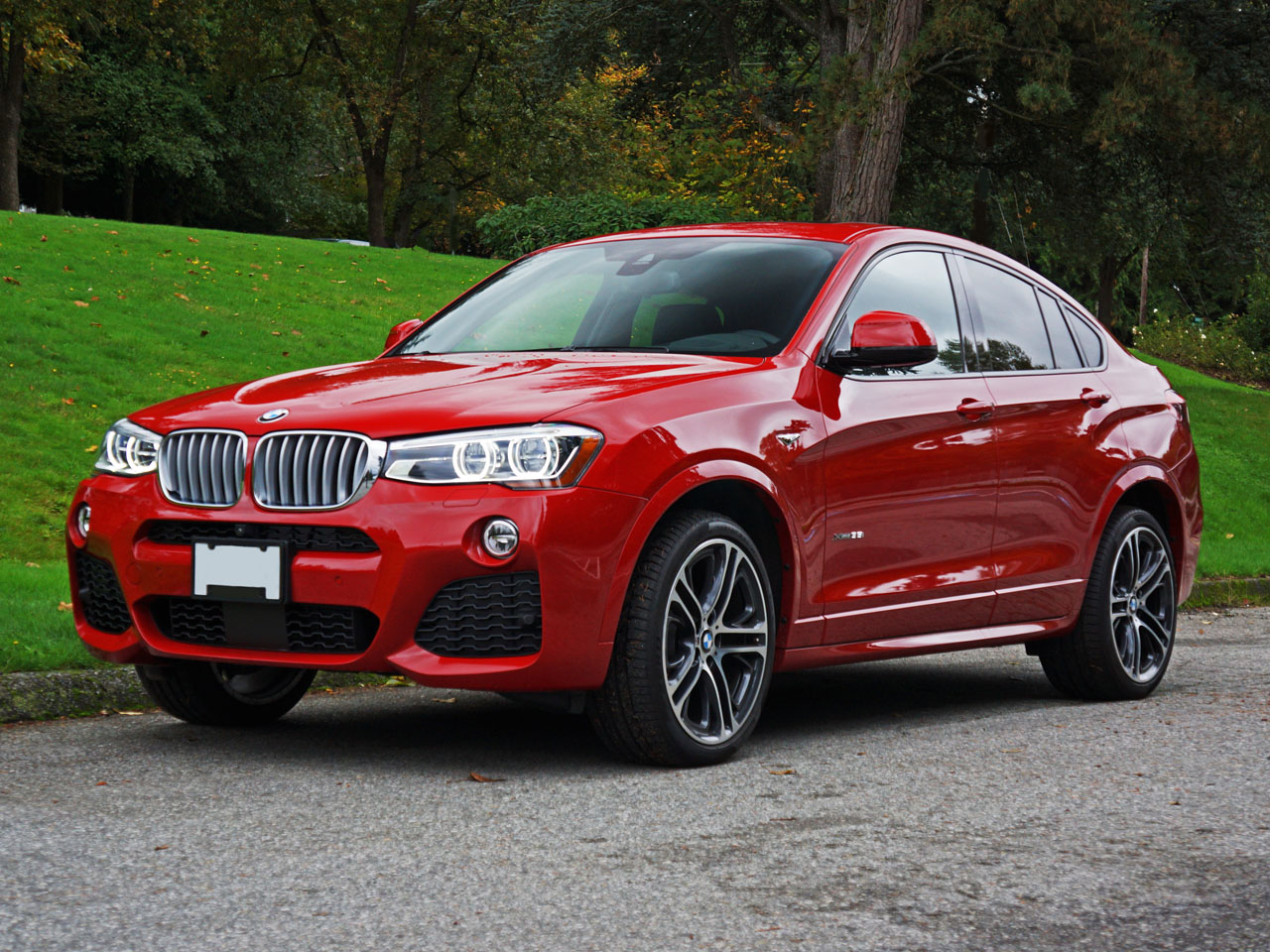 2015 bmw x4 xdrive35i road test review carcostcanada. Black Bedroom Furniture Sets. Home Design Ideas