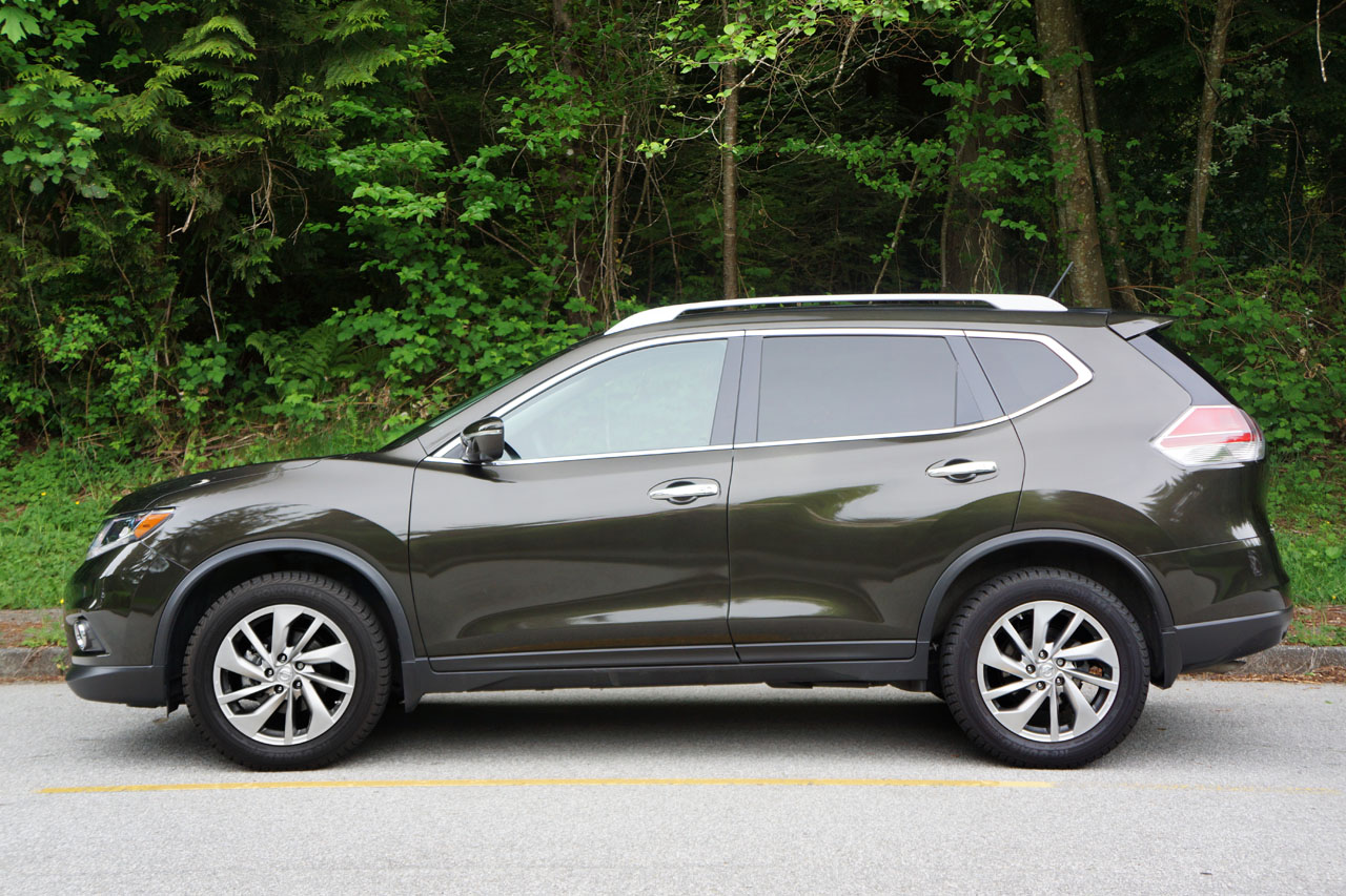 2014 nissan rogue sl awd road test review carcostcanada. Black Bedroom Furniture Sets. Home Design Ideas