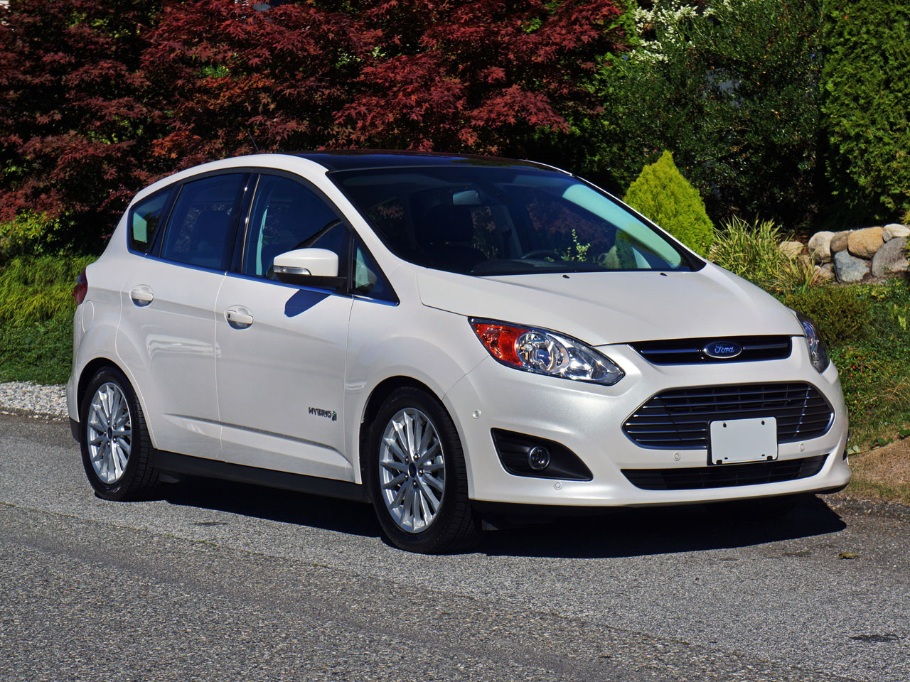 2014 ford c max hybrid sel road test review carcostcanada. Black Bedroom Furniture Sets. Home Design Ideas