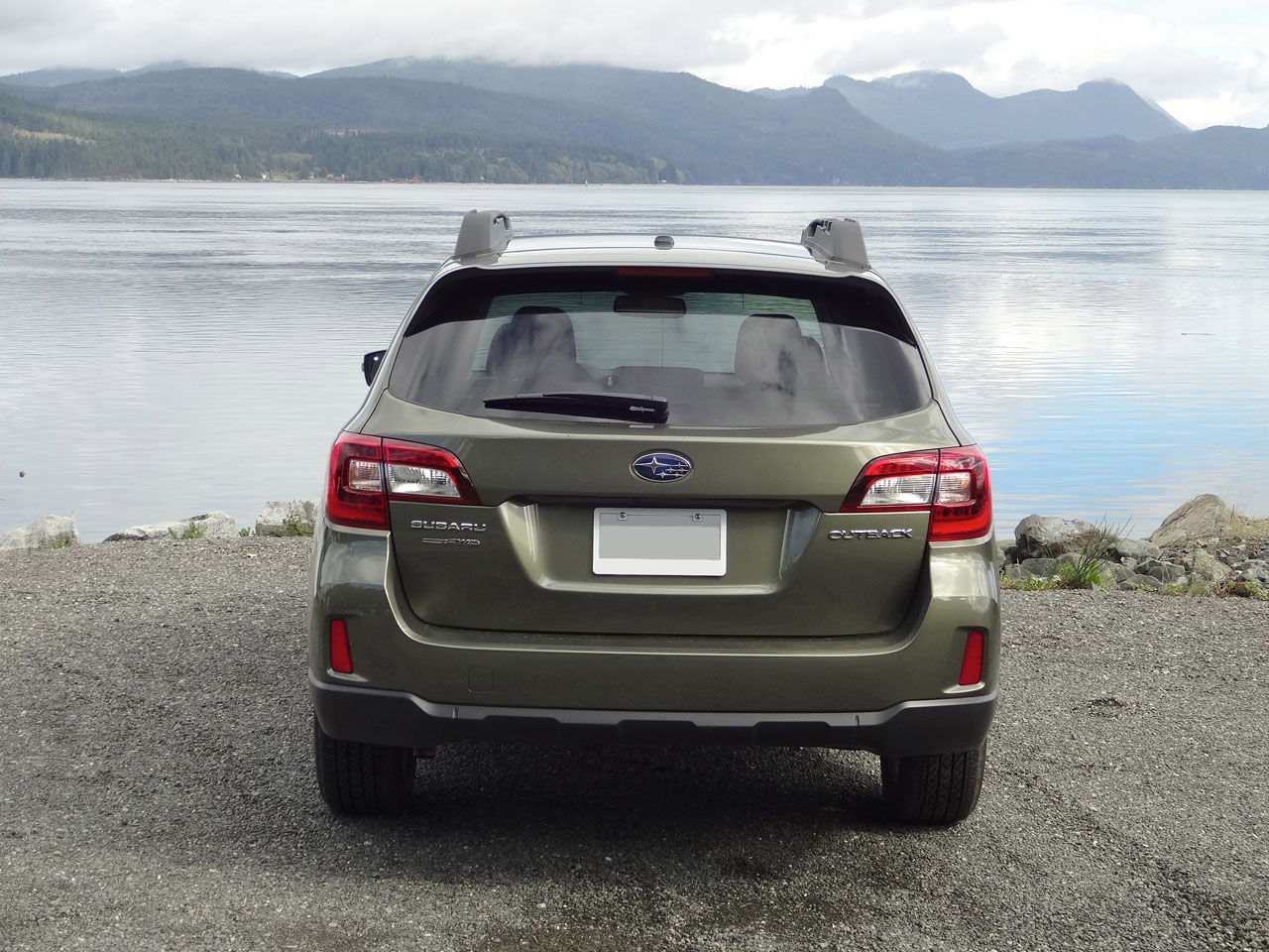 which do i need subaru outback premium or limited autos post. Black Bedroom Furniture Sets. Home Design Ideas