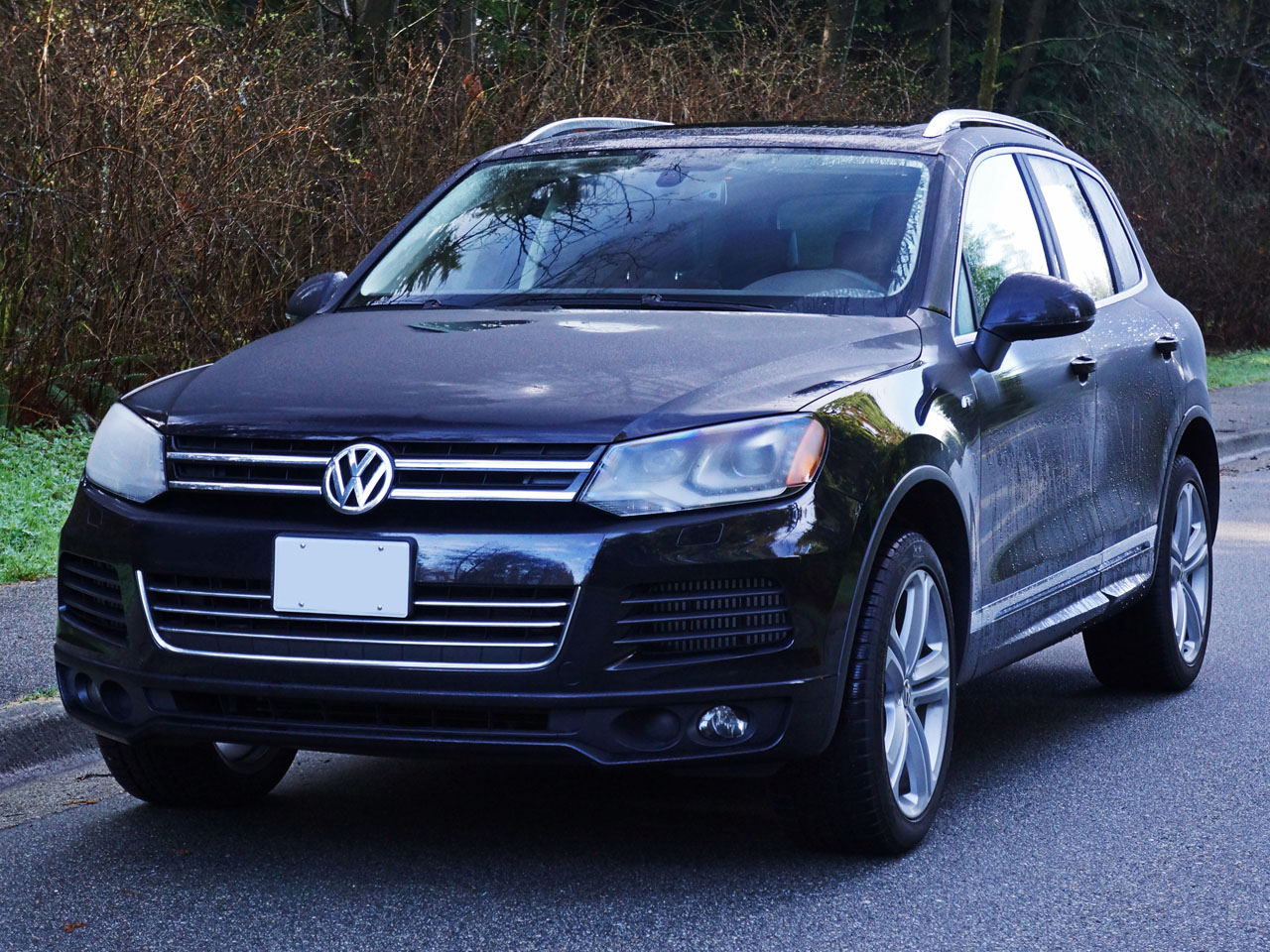 2014 volkswagen touareg execline tdi r line road test review carcostcanada. Black Bedroom Furniture Sets. Home Design Ideas