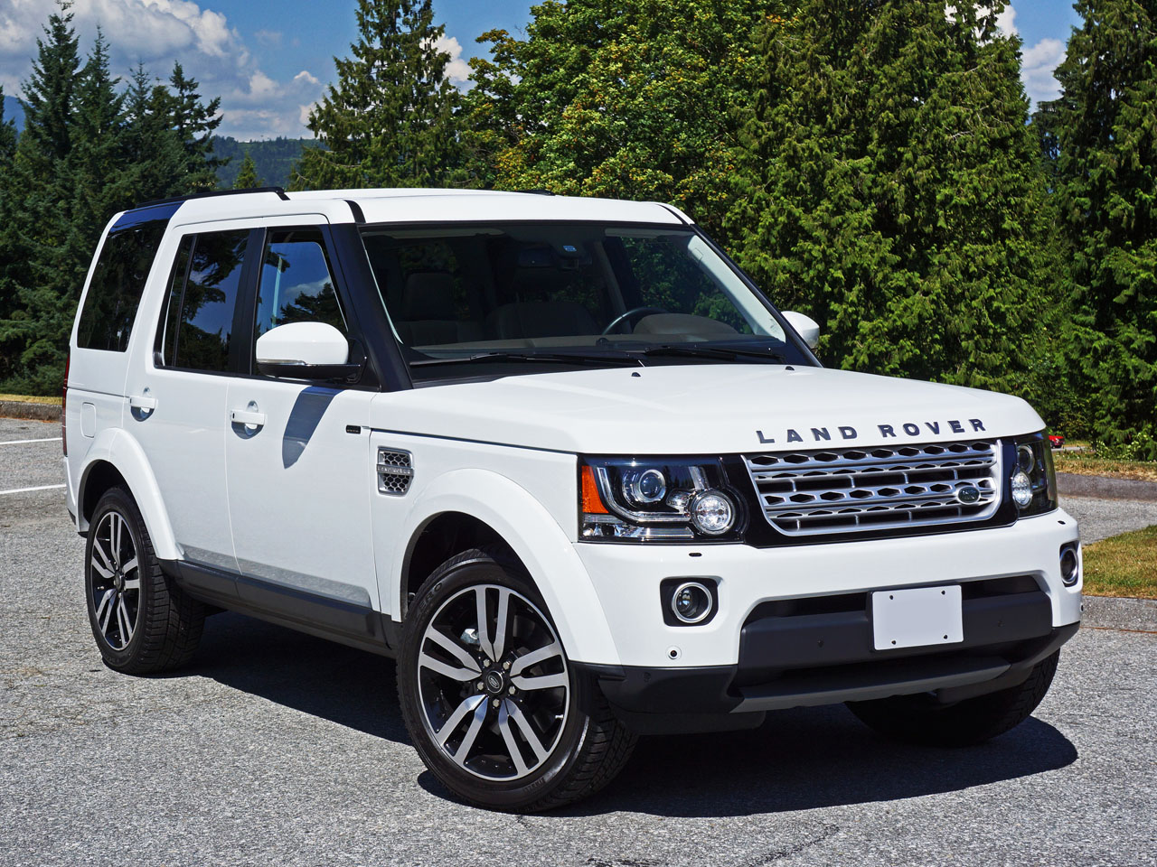 2014 land rover lr4 hse luxury road test review. Black Bedroom Furniture Sets. Home Design Ideas
