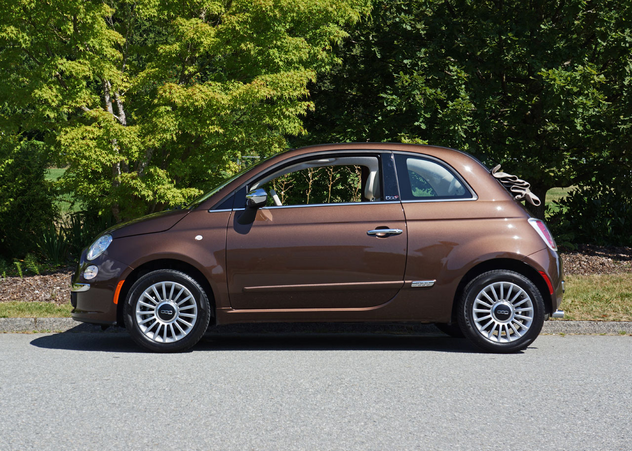2014 fiat 500c lounge road test review carcostcanada. Black Bedroom Furniture Sets. Home Design Ideas