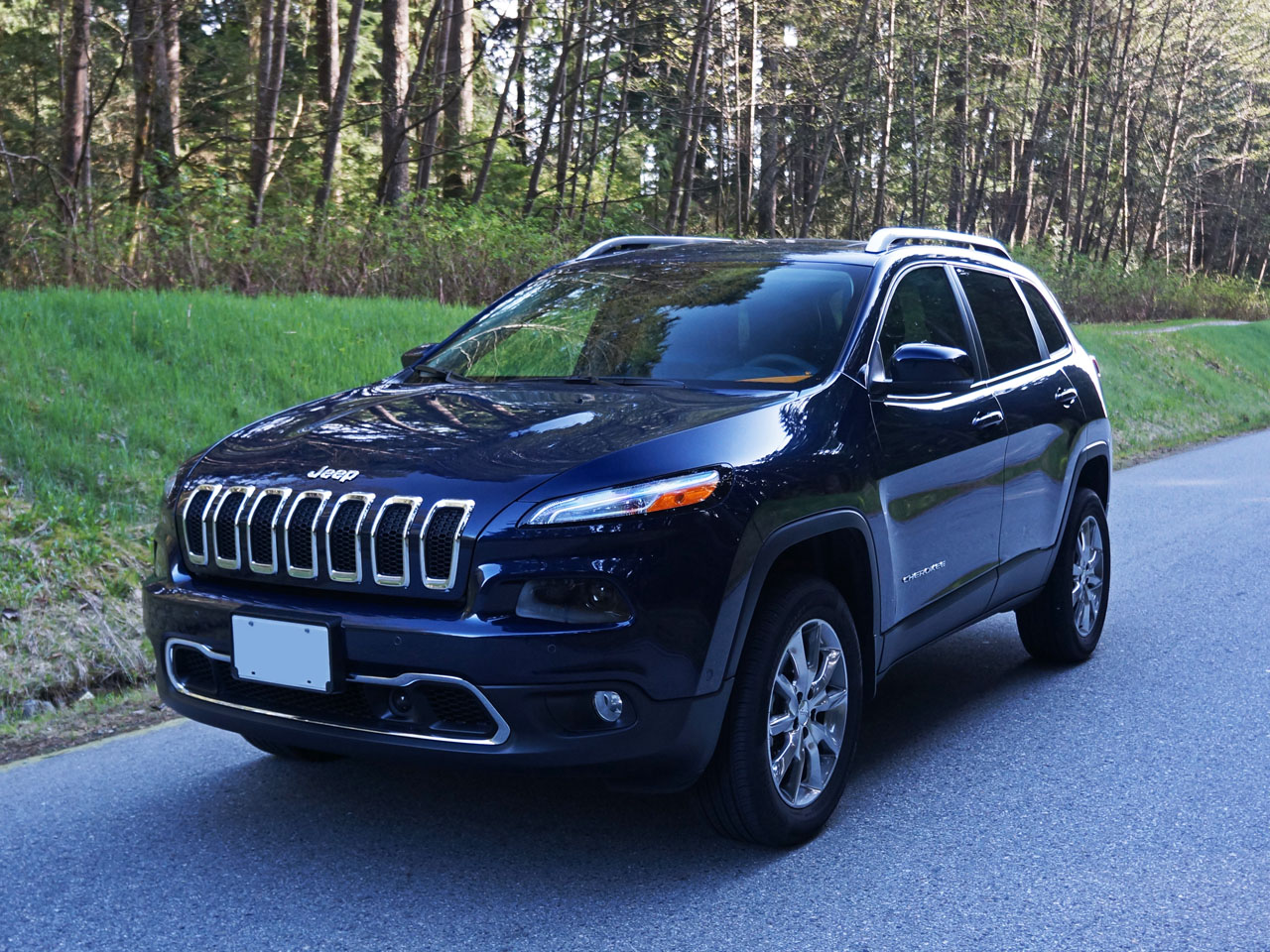 2014 jeep cherokee limited 4x4 road test review carcostcanada. Black Bedroom Furniture Sets. Home Design Ideas