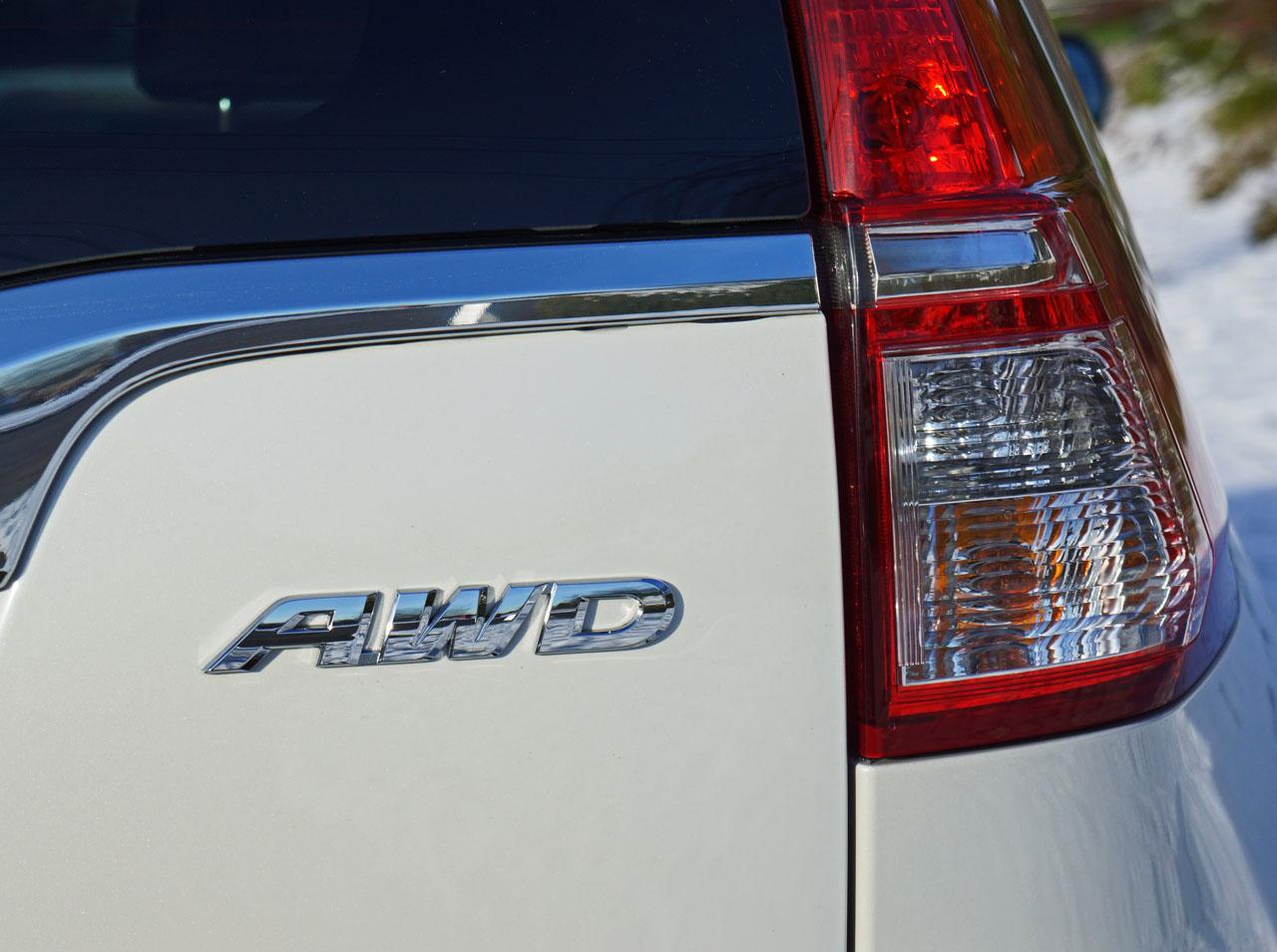 2015 Honda CR-V AWD Touring Road Test Review   CarCostCanada™