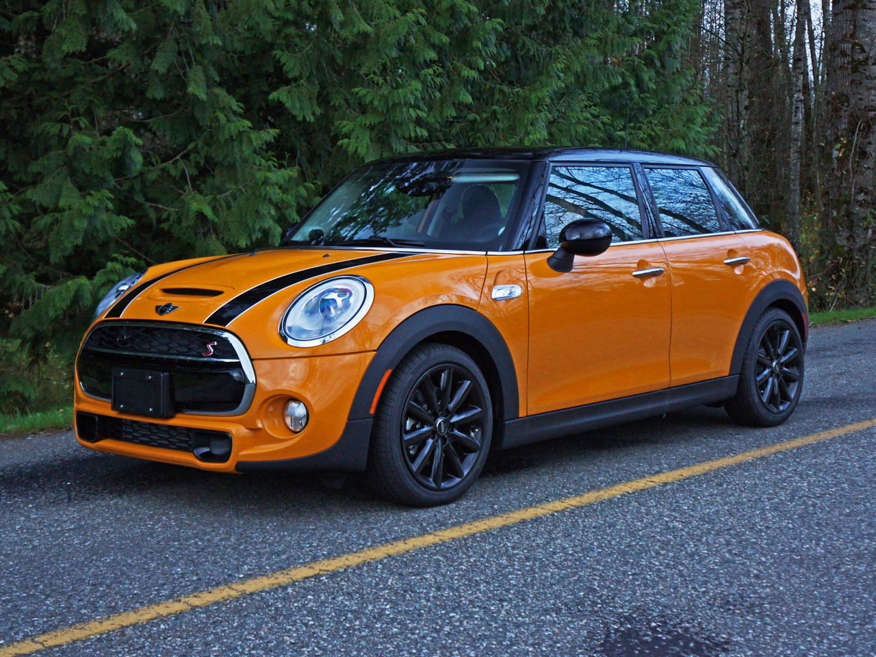 2015 Mini Cooper S 5 Door Road Test Review Carcostcanada