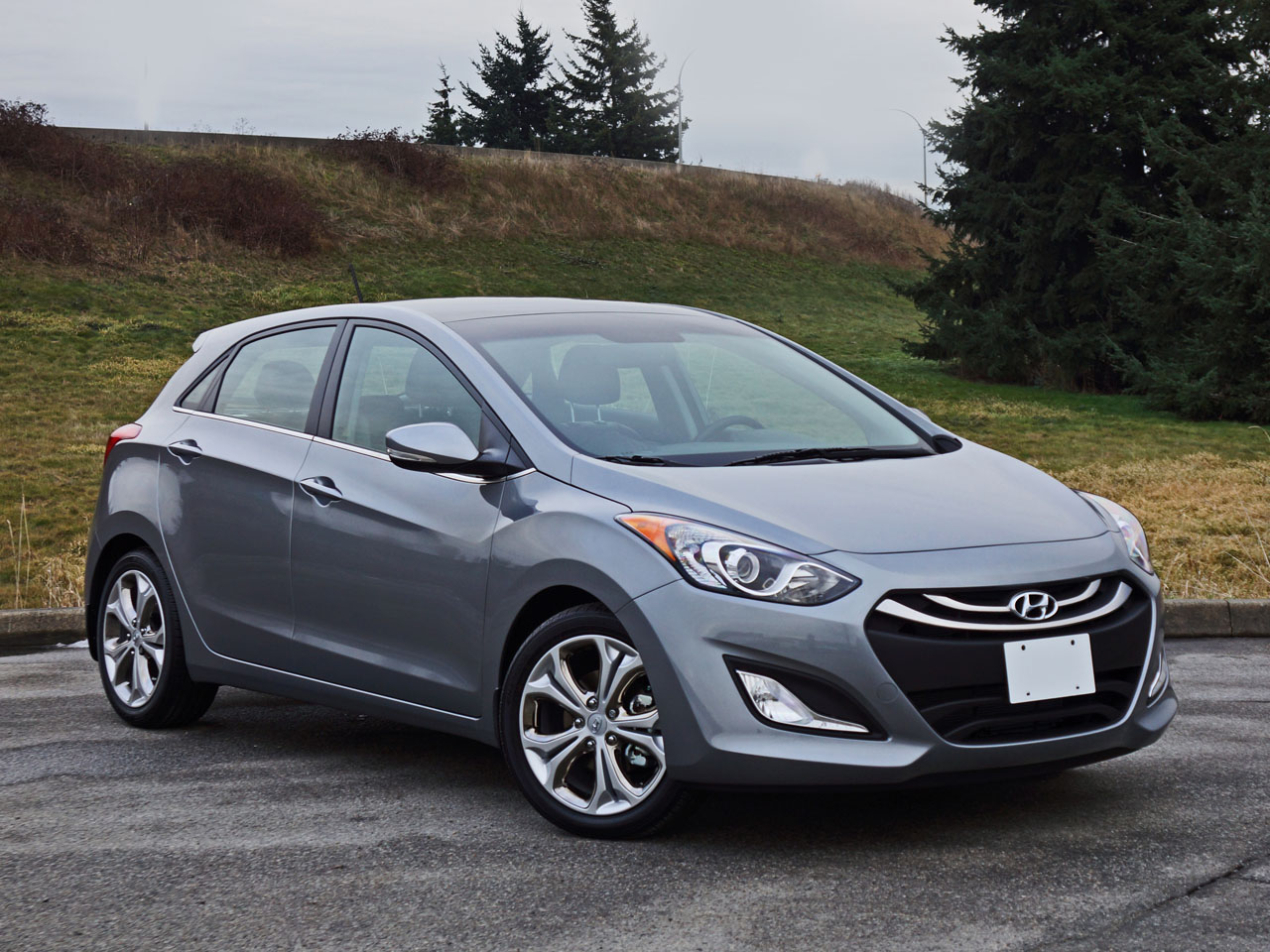 2015 hyundai elantra gt se tech road test review carcostcanada. Black Bedroom Furniture Sets. Home Design Ideas