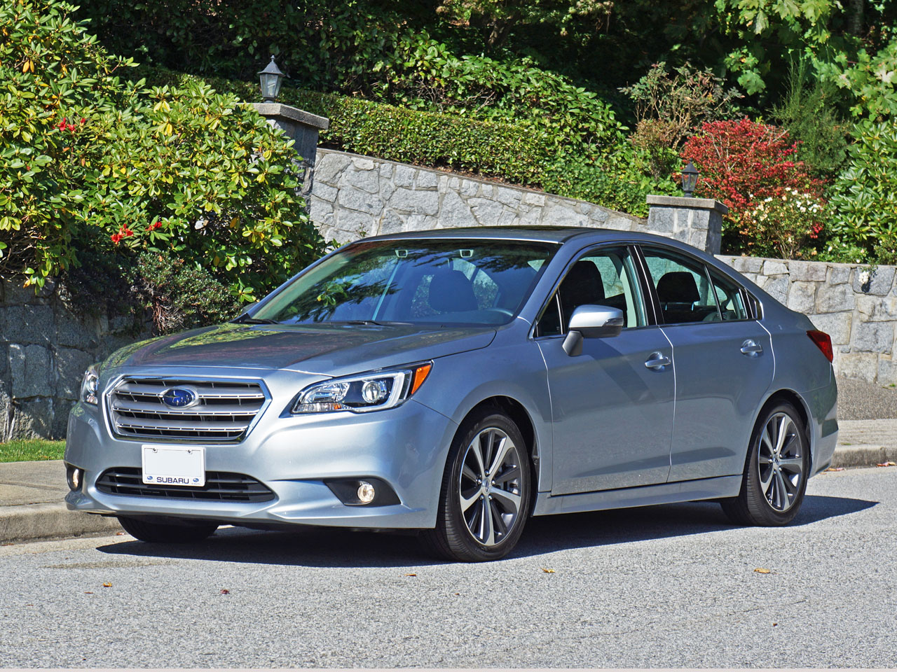 2015 subaru legacy 3 6r limited road test review. Black Bedroom Furniture Sets. Home Design Ideas
