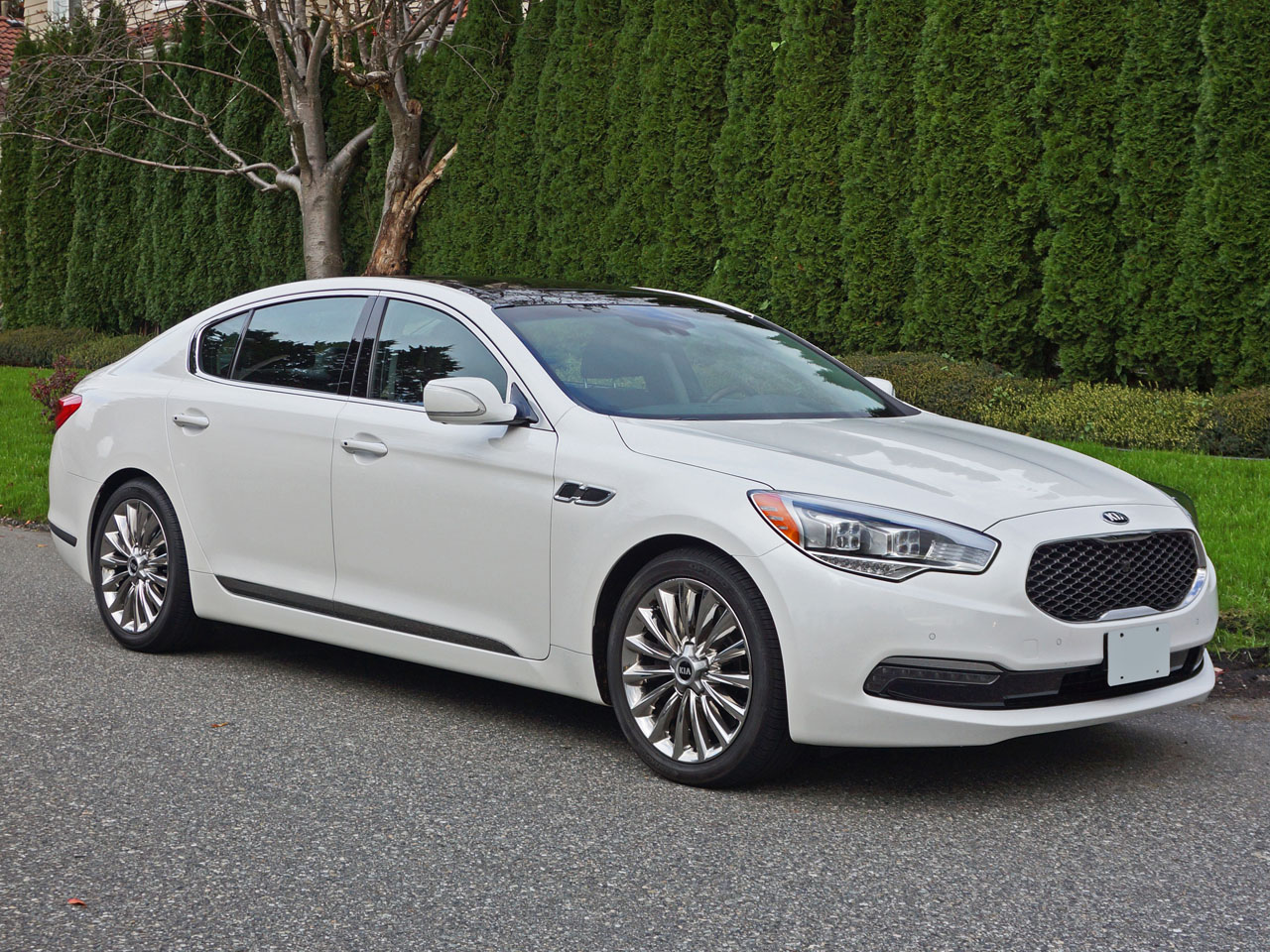 photos msrp in release review cost kia auto interior date luxury canada