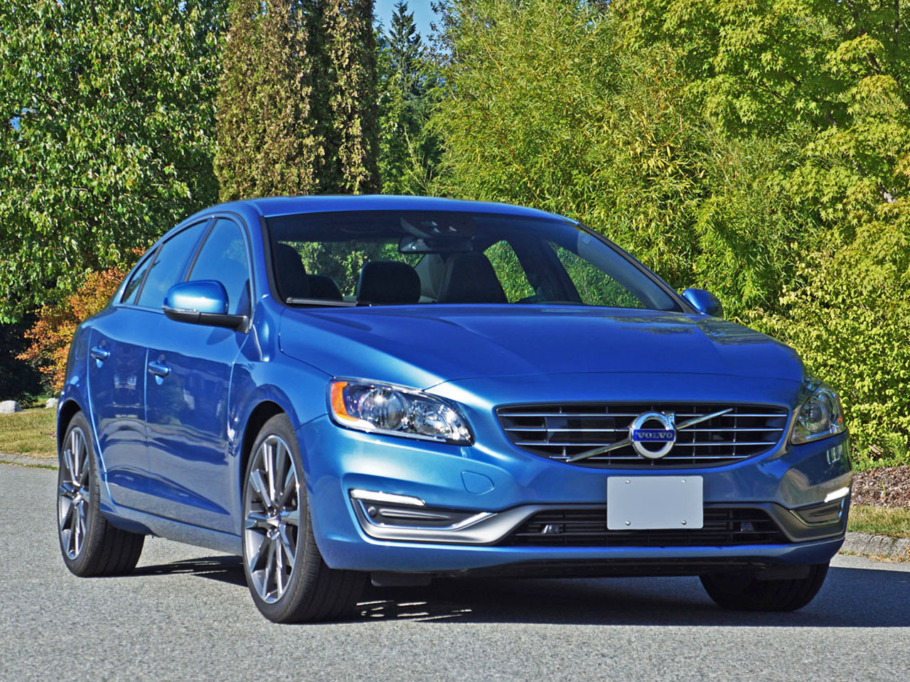 2015 Volvo S60 T5 Drive E Road Test Review Carcostcanada