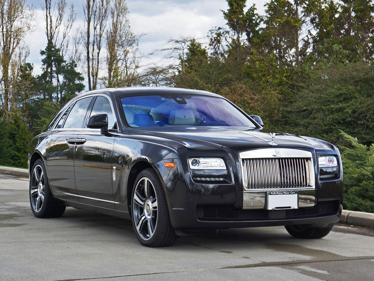 2014 rolls royce ghost v specification road test review carcostcanada. Black Bedroom Furniture Sets. Home Design Ideas