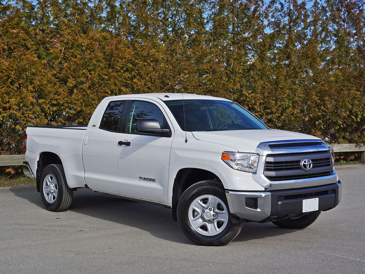 2015 Toyota Tundra Double Cab 4.6 SR5 4x4 Road Test Review | CarCostCanada