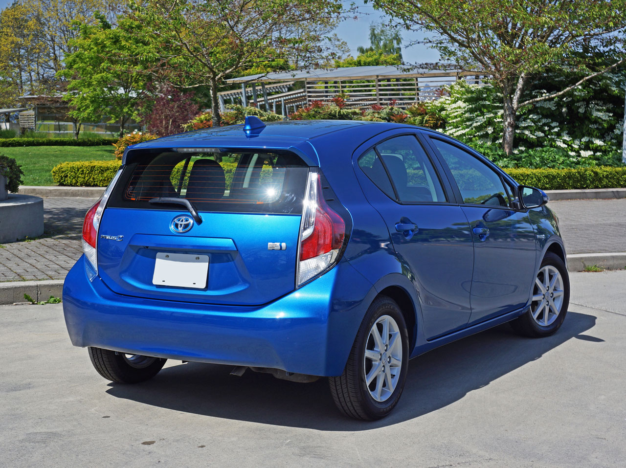 2015 toyota prius c technology road test review carcostcanada. Black Bedroom Furniture Sets. Home Design Ideas
