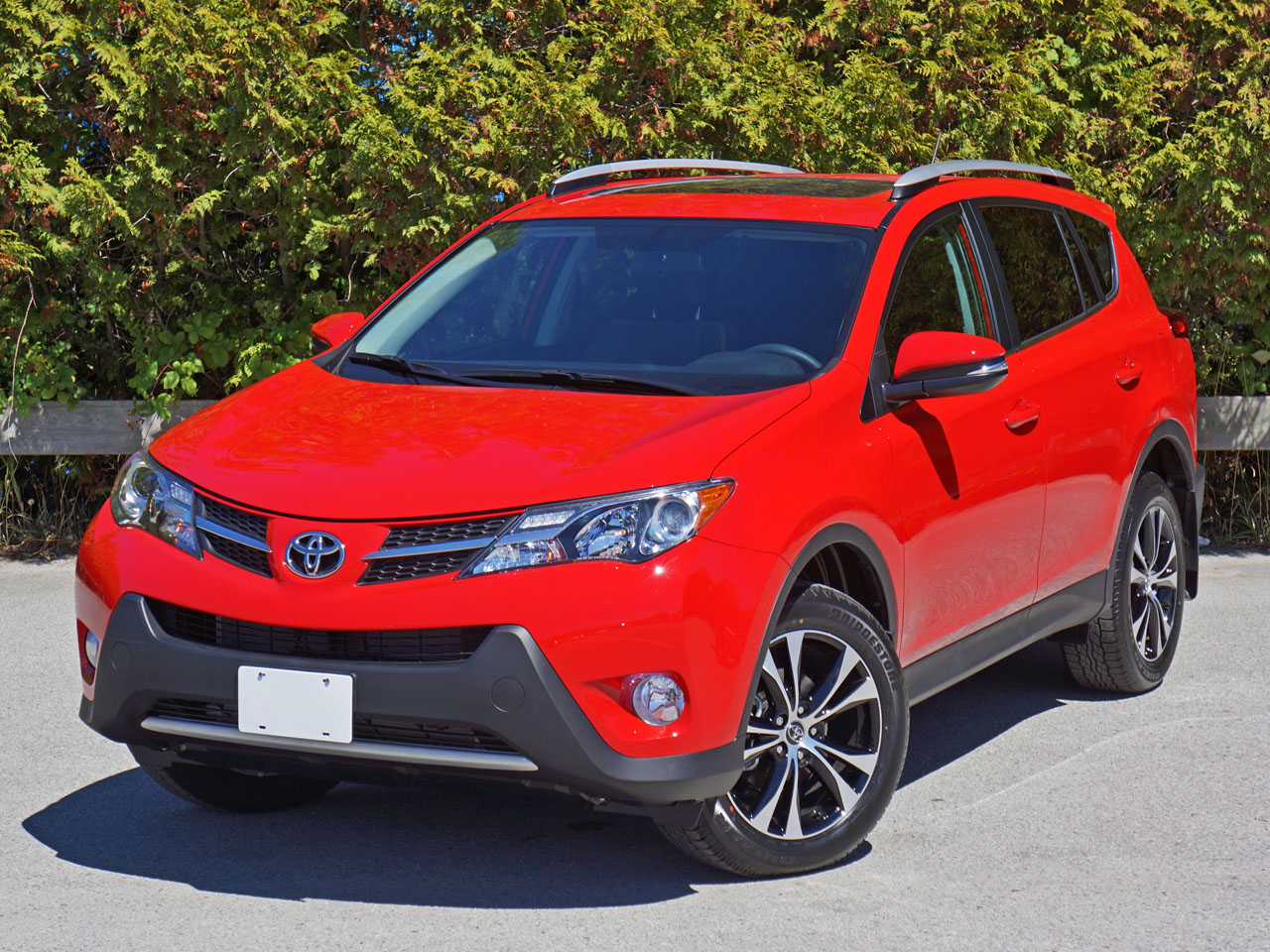 2015 toyota rav4 xle awd 50th anniversary special edition road test review carcostcanada. Black Bedroom Furniture Sets. Home Design Ideas