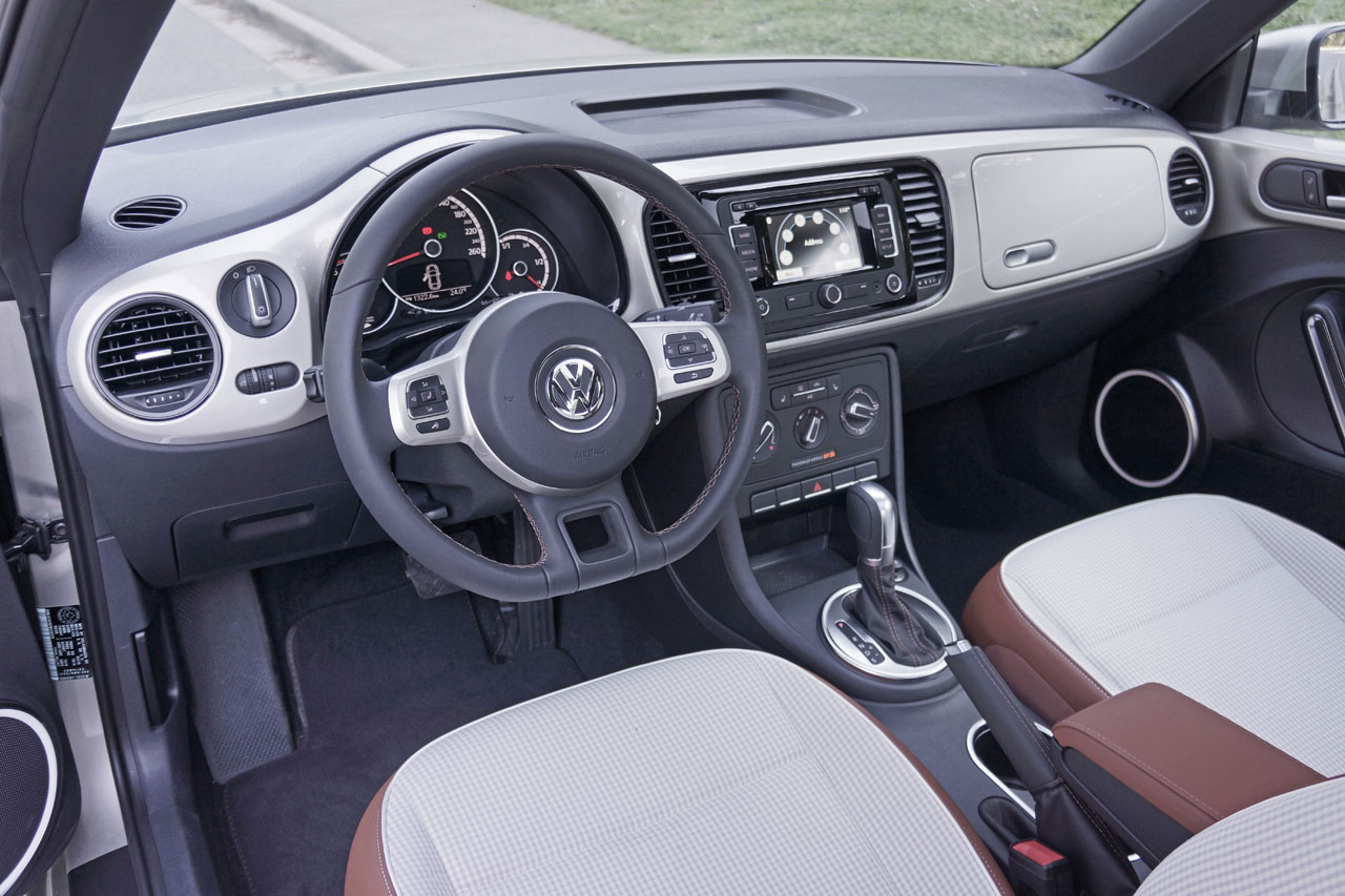 2015 Volkswagen Beetle Classic Road Test Review | CarCostCanada