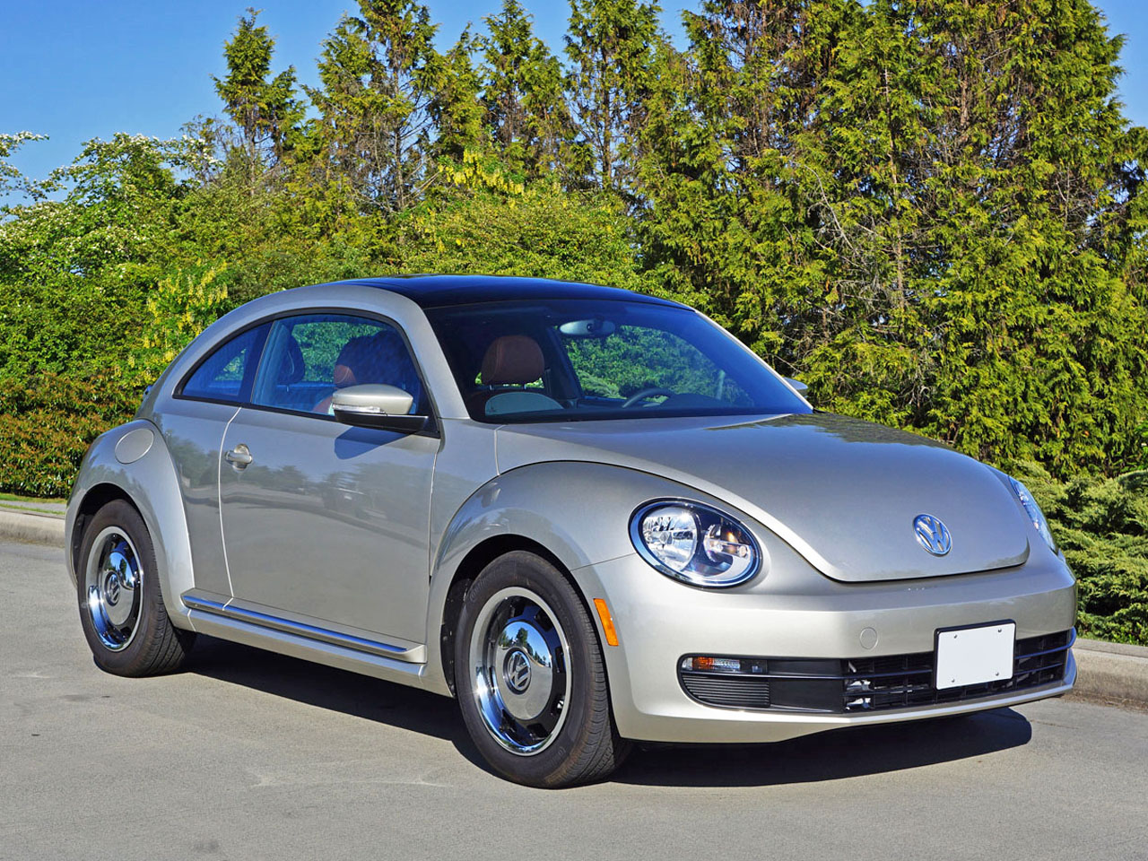 2015 volkswagen beetle classic road test review carcostcanada. Black Bedroom Furniture Sets. Home Design Ideas