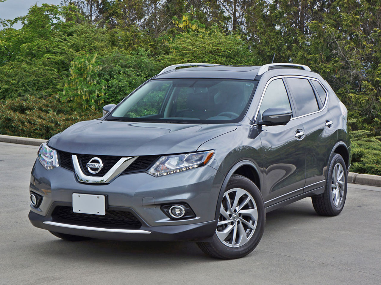 2015 nissan rogue sl awd road test review carcostcanada. Black Bedroom Furniture Sets. Home Design Ideas