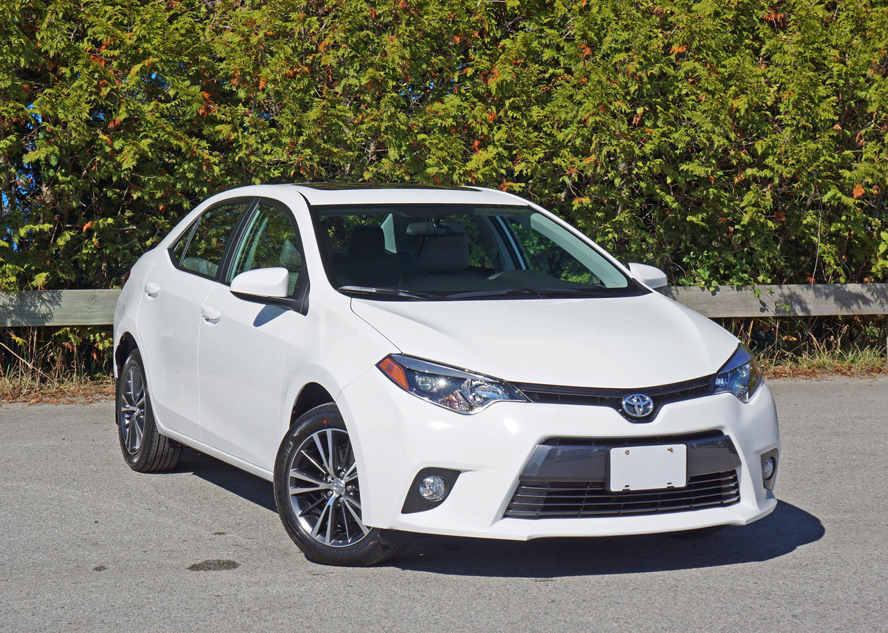 2016 Toyota Corolla Le Road Test Review