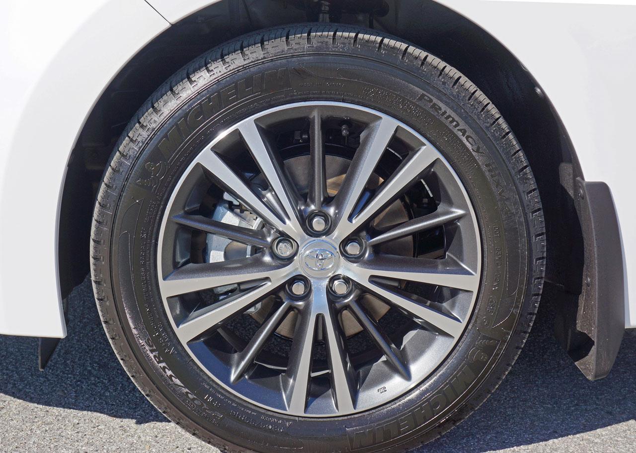 2016 toyota corolla s plus manual sedan