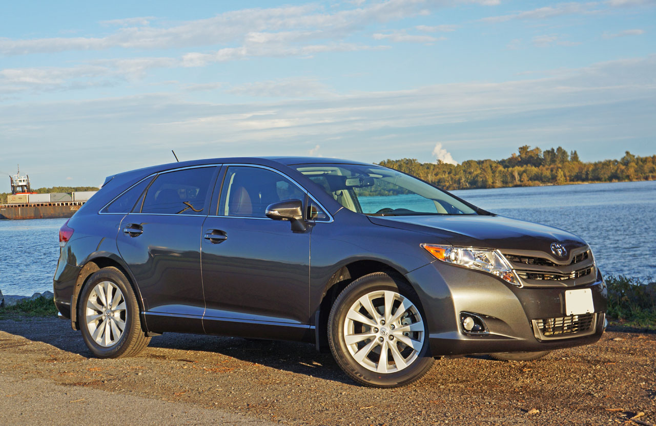 autotrader expert reviews toyota by review ca of venza day