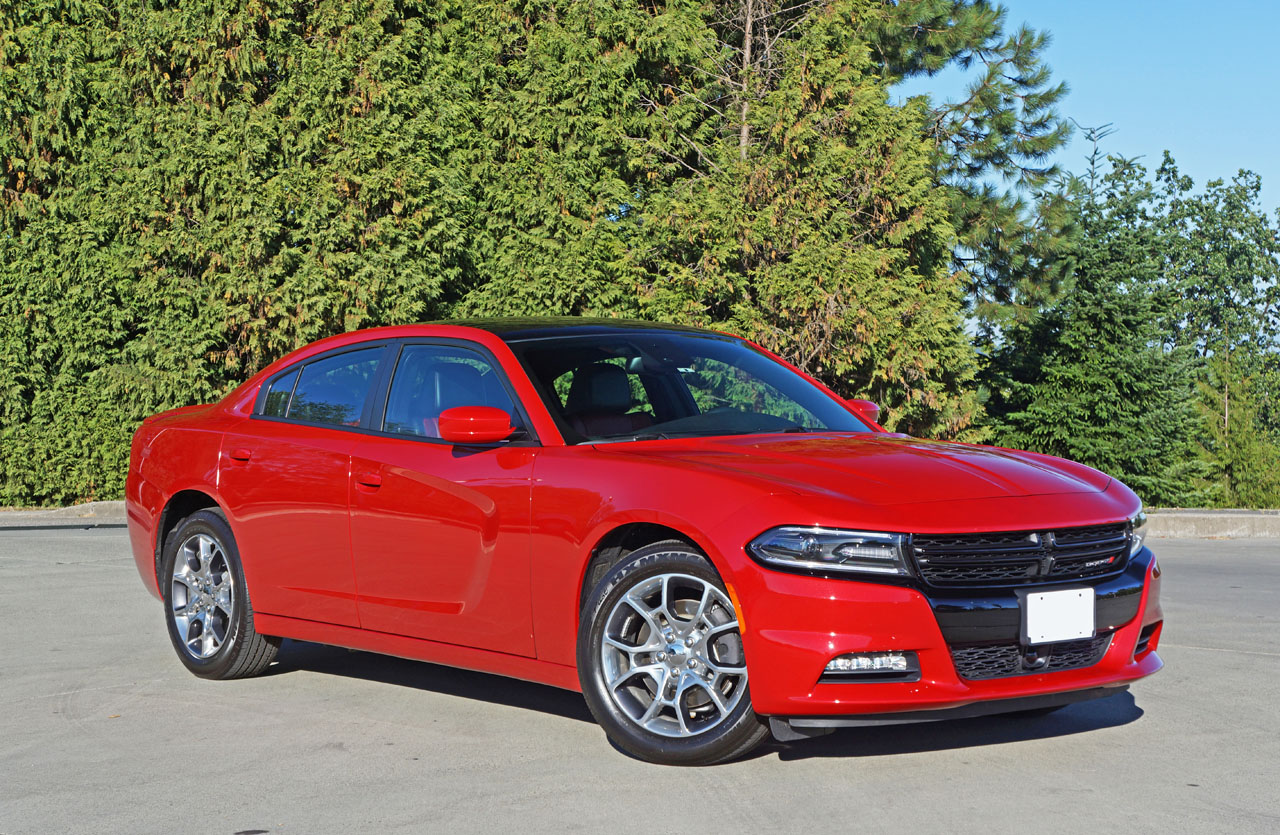 2015 dodge charger sxt plus rallye awd road test review carcostcanada. Black Bedroom Furniture Sets. Home Design Ideas