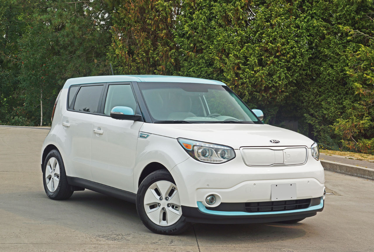 2015 kia soul ev luxury road test review carcostcanada. Black Bedroom Furniture Sets. Home Design Ideas