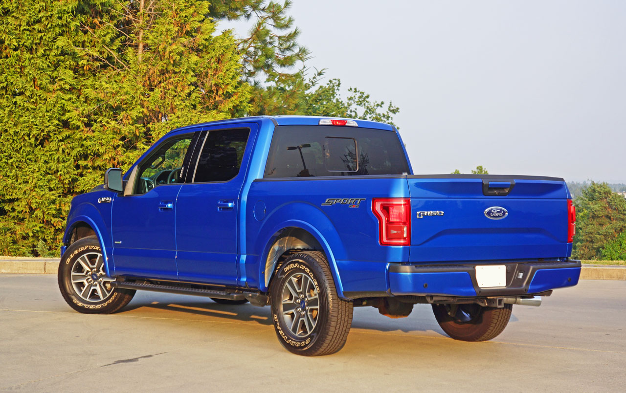 2015 ford f 150 xlt sport supercrew 2 7 ecoboost 4x4 road. Black Bedroom Furniture Sets. Home Design Ideas