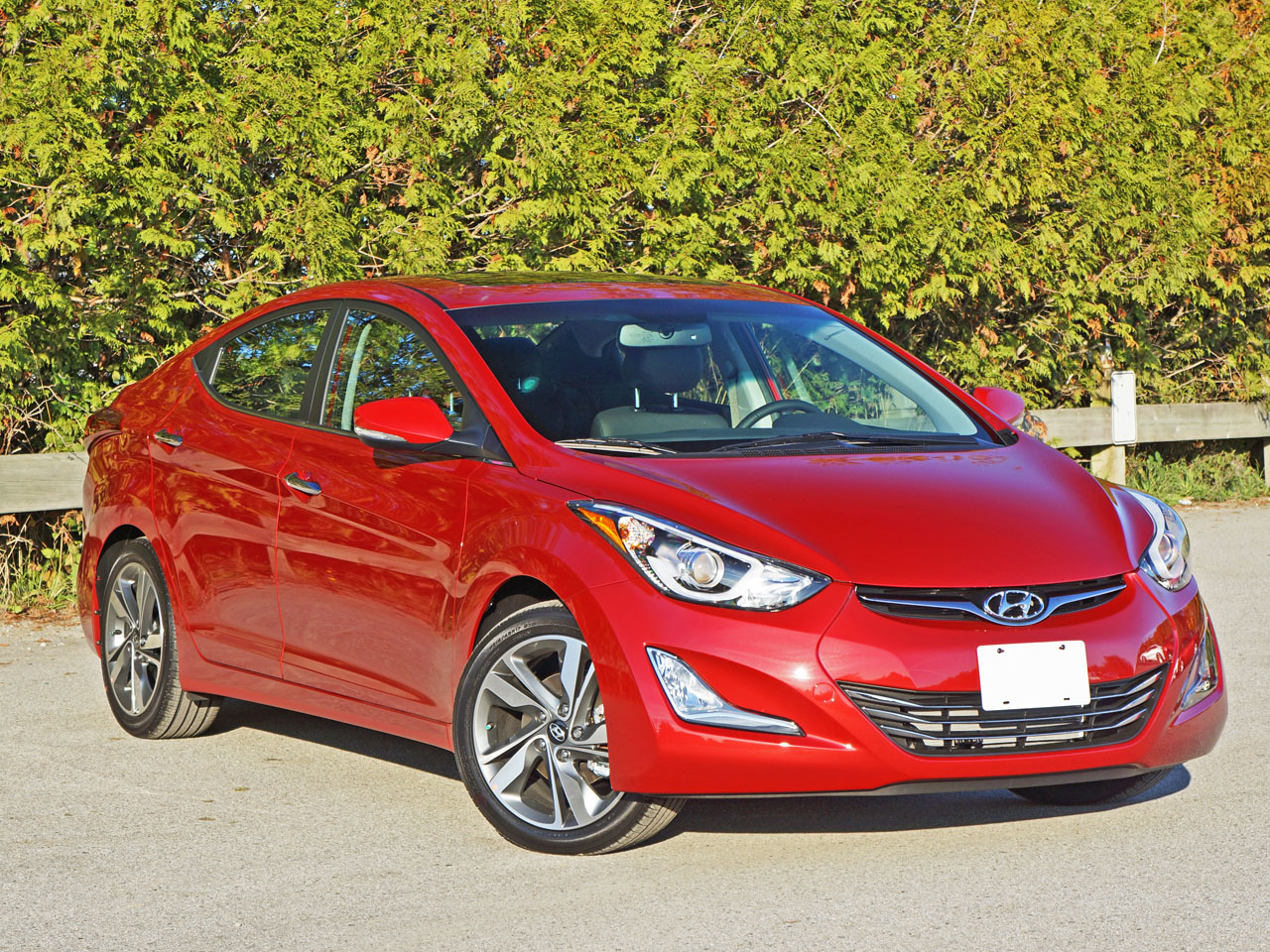 2016 hyundai elantra sedan limited road test review carcostcanada. Black Bedroom Furniture Sets. Home Design Ideas