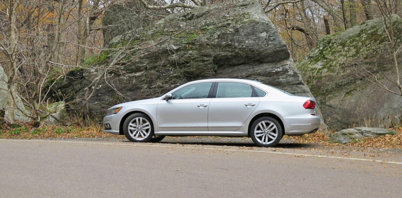 2016 Volkswagen Passat Road Test Review Carcostcanada