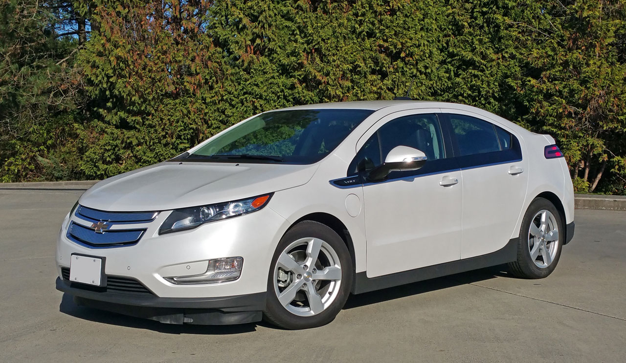 2015 Chevrolet Volt Road Test Review Carcostcanada Chevy Electric With The All New 2016 Upon Us And Very Few Models Left This Will Serve As A Farewell To Impressively Innovative