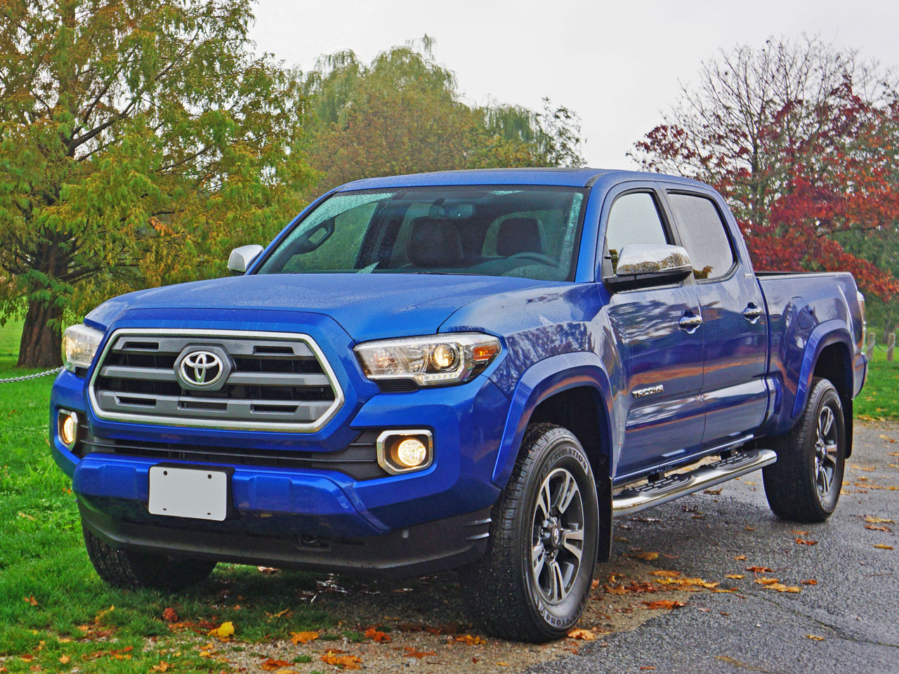 2016 toyota tacoma 4x4 double cab v6 limited road test review carcostcanada. Black Bedroom Furniture Sets. Home Design Ideas