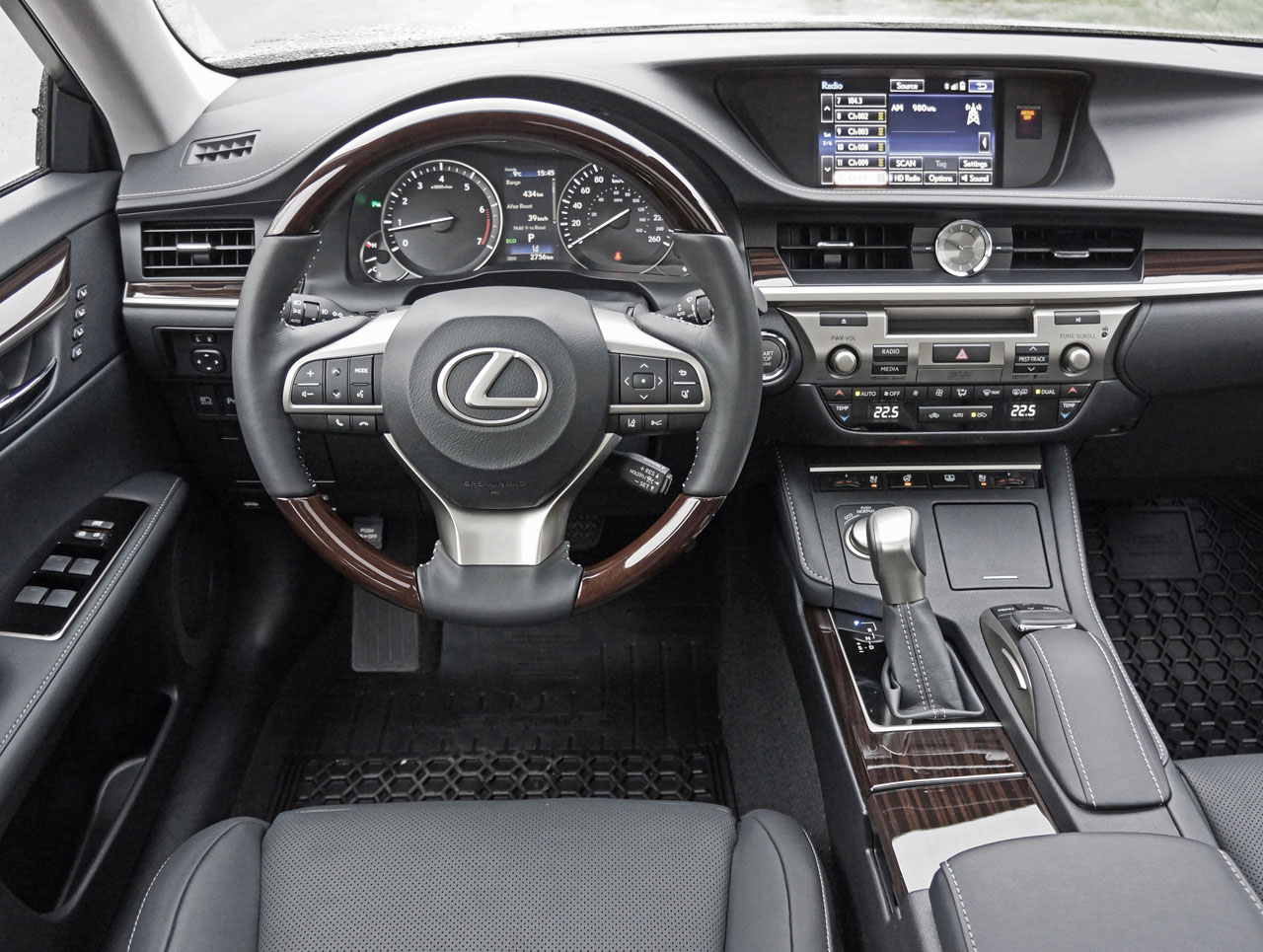 2016 lexus es 350 executive road test review carcostcanada freerunsca Choice Image