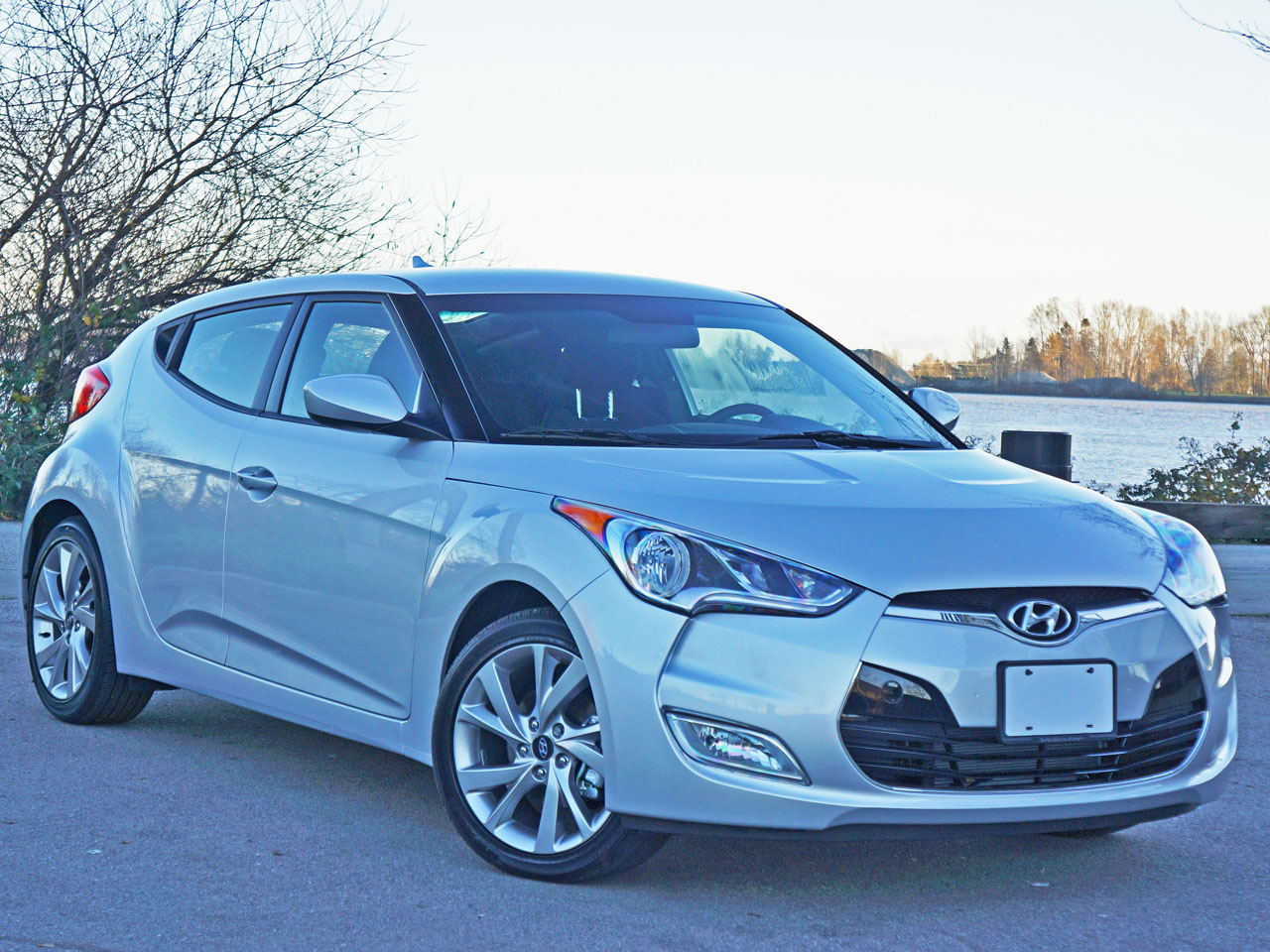 2016 hyundai veloster se dct road test review carcostcanada. Black Bedroom Furniture Sets. Home Design Ideas
