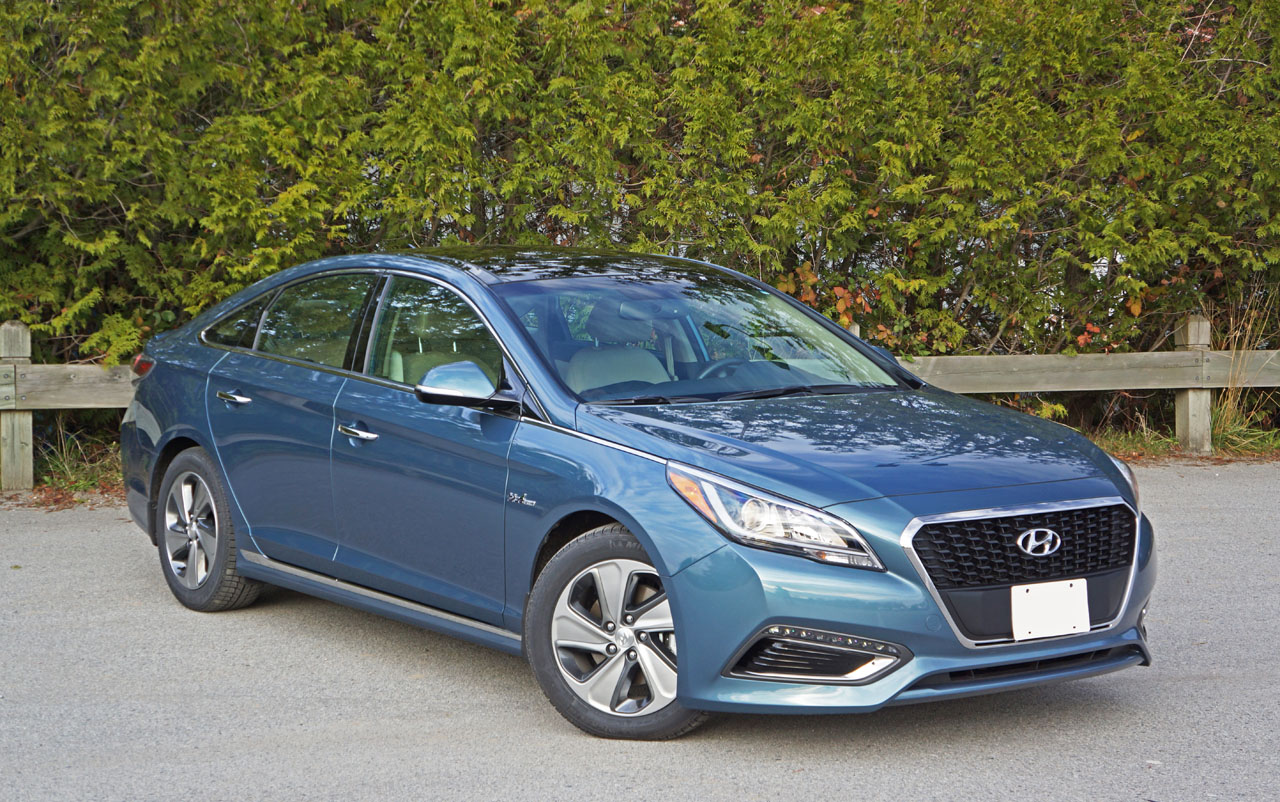 2016 hyundai sonata hybrid limited road test review carcostcanada. Black Bedroom Furniture Sets. Home Design Ideas